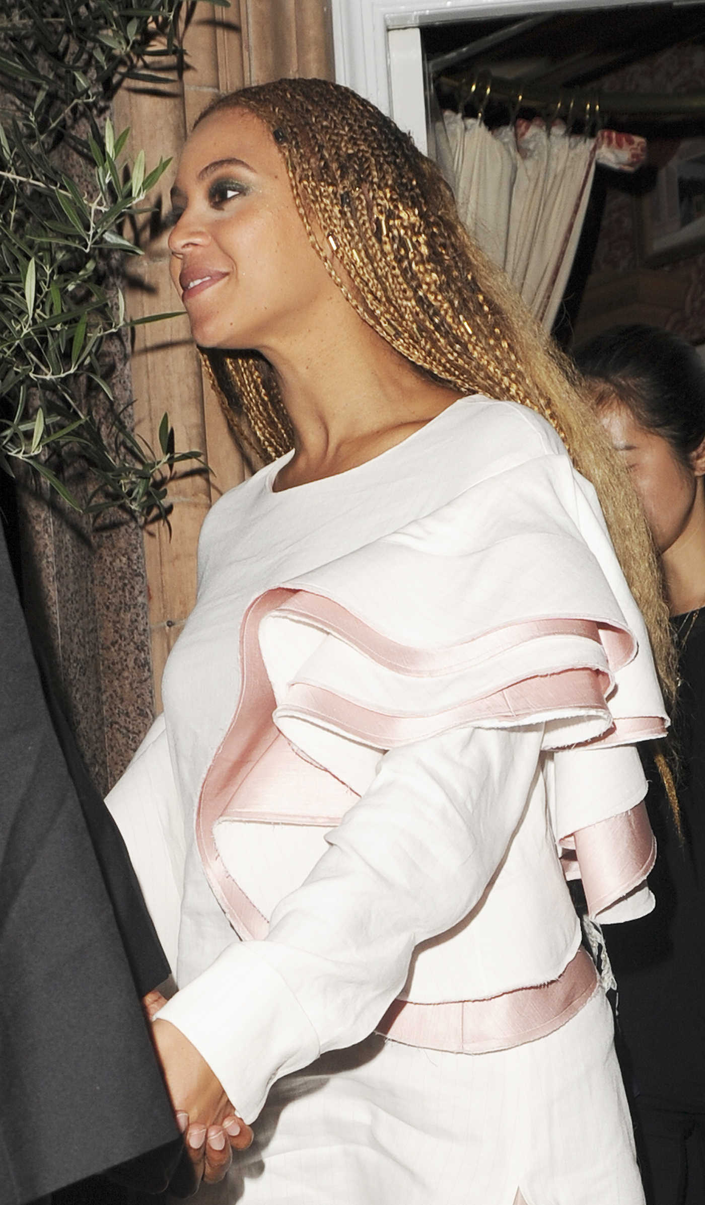 Beyonce Leaves Harry's Bar in London 07/03/2016