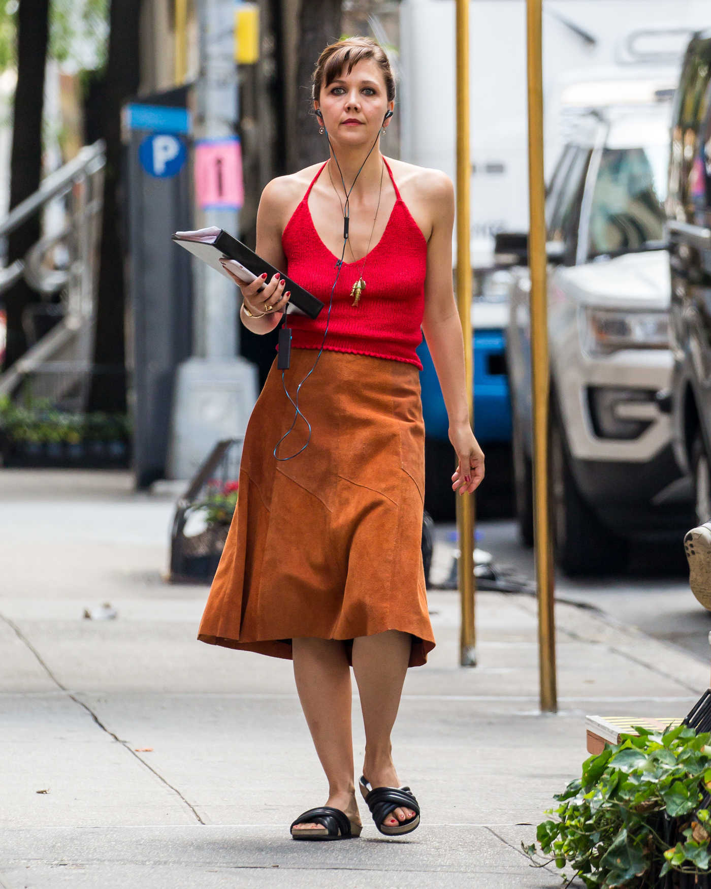 Maggie Gyllenhaal on Set of The Deuce in New York City 07/09/2016