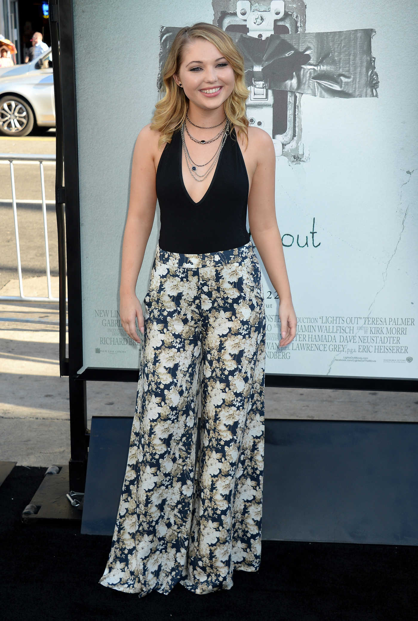 Sammi Hanratty at the Lights Out Premiere in Los Angeles 07/19/2016