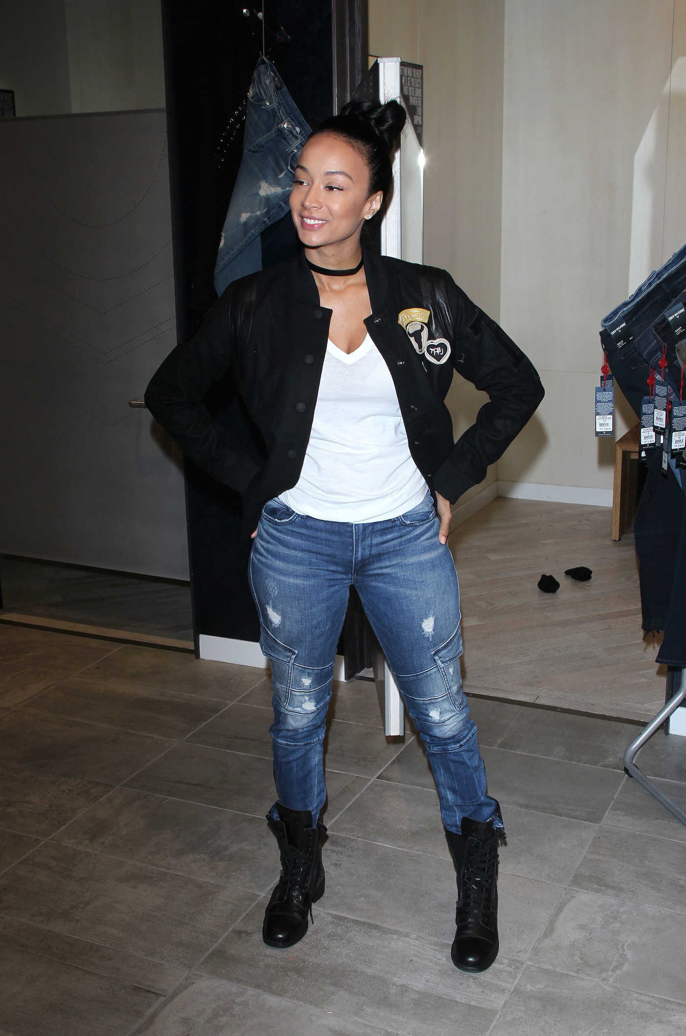 Draya Michele Shops at True Religion in Los Angeles 08/10/2016