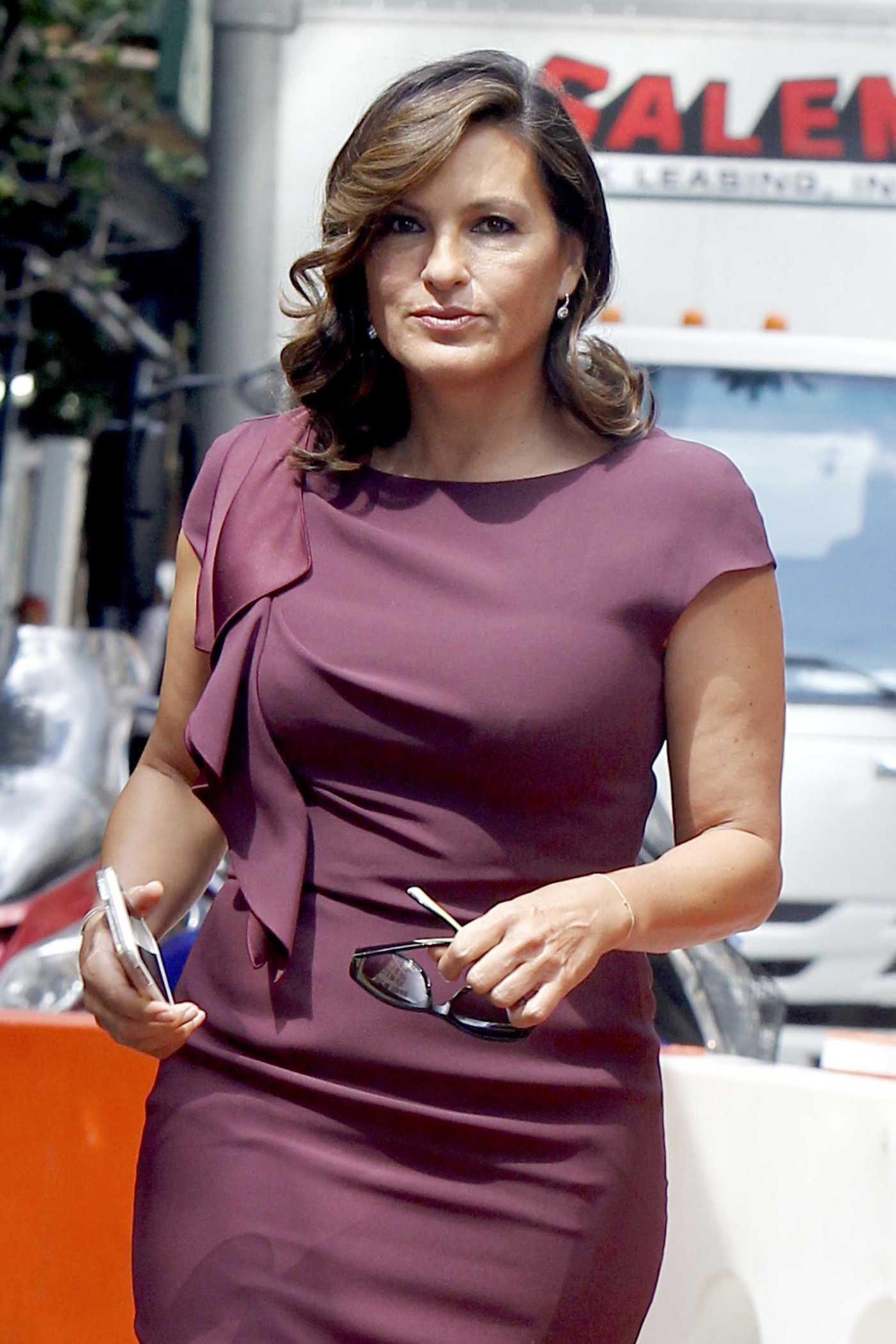 Mariska Hargitay at the Set of Law and Order in Uptown Manhattan 08/30/2016