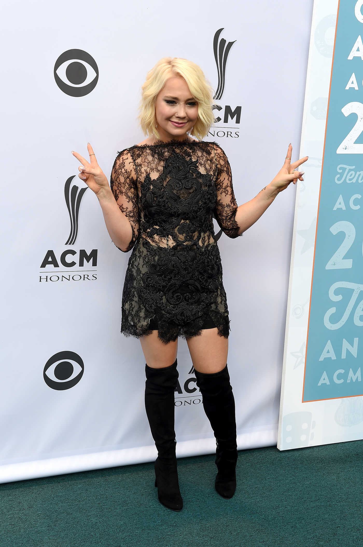 RaeLynn at the 10th Annual ACM Honors at the Ryman Auditorium in Nashville 08/30/2016