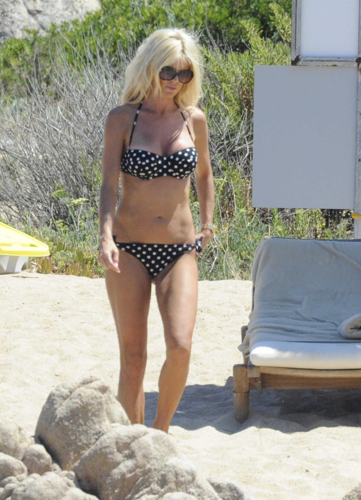 Victoria Silvstedt in Bikini at the Beach in Sardinia 08/08/2016
