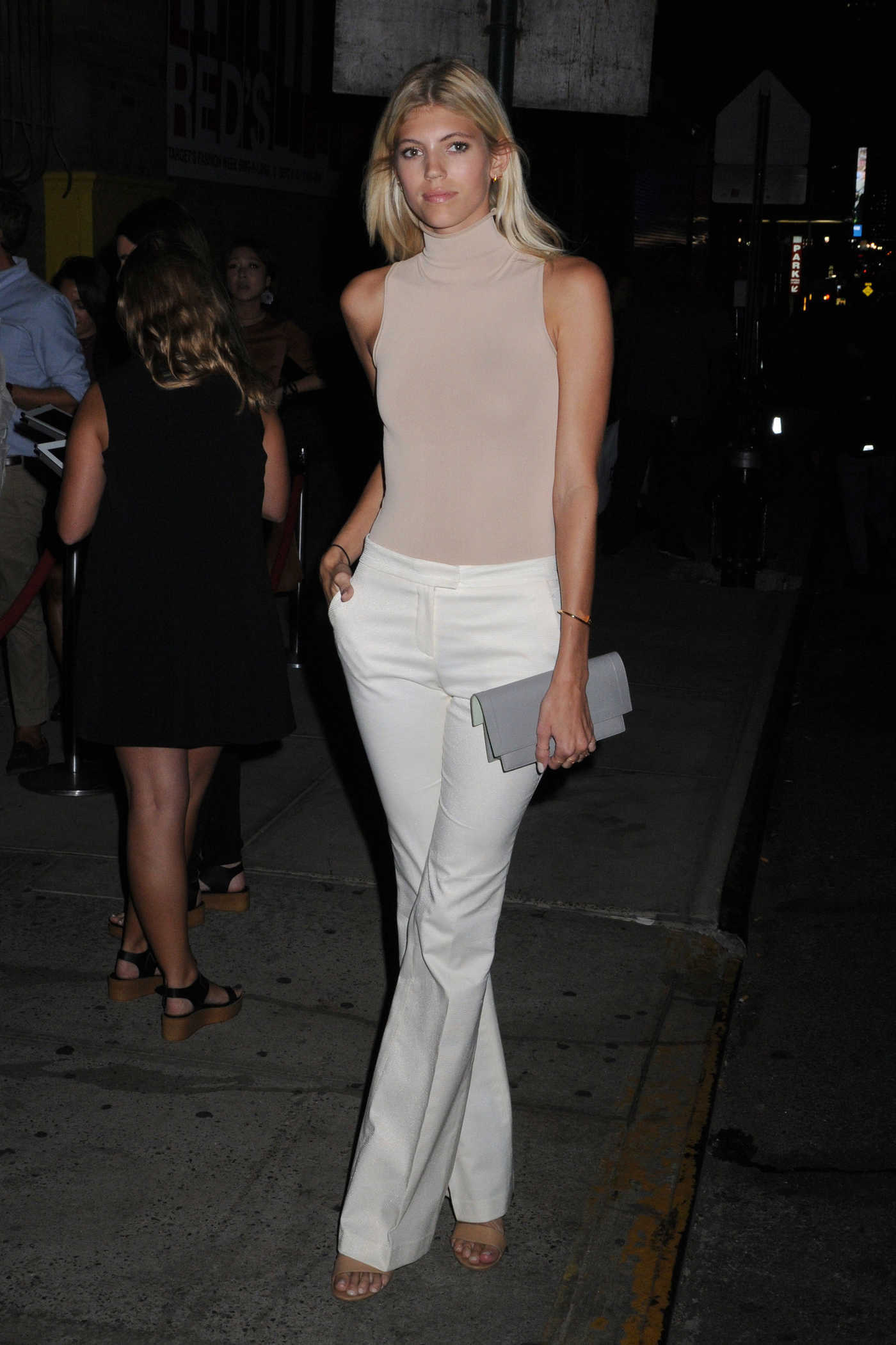 Devon Windsor at the Target + IMG NYFW Kickoff Event at Moynihan Station in New York City 09/06/2016