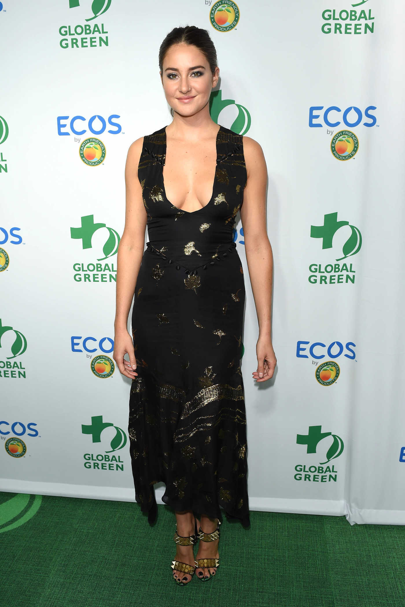 Shailene Woodley at the Global Green Environmental Awards in Los Angeles 09/29/2016