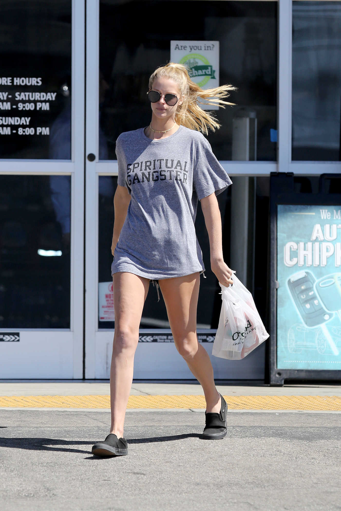 Abby Champion Was Seen Out in Los Angeles 10/03/2016