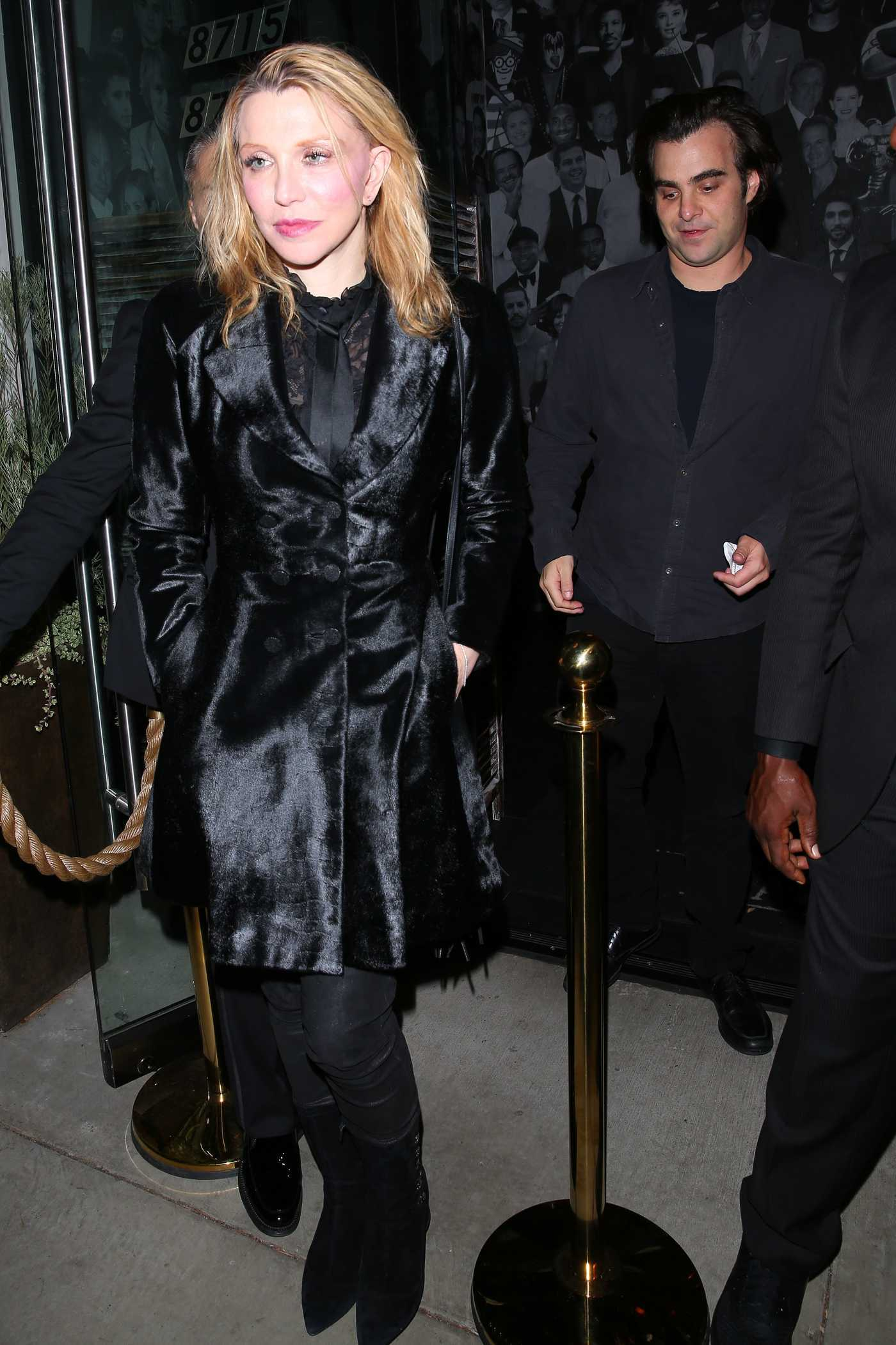 Courtney Love Leaves the Catch Restaurant in West Hollywood 10/21/2016