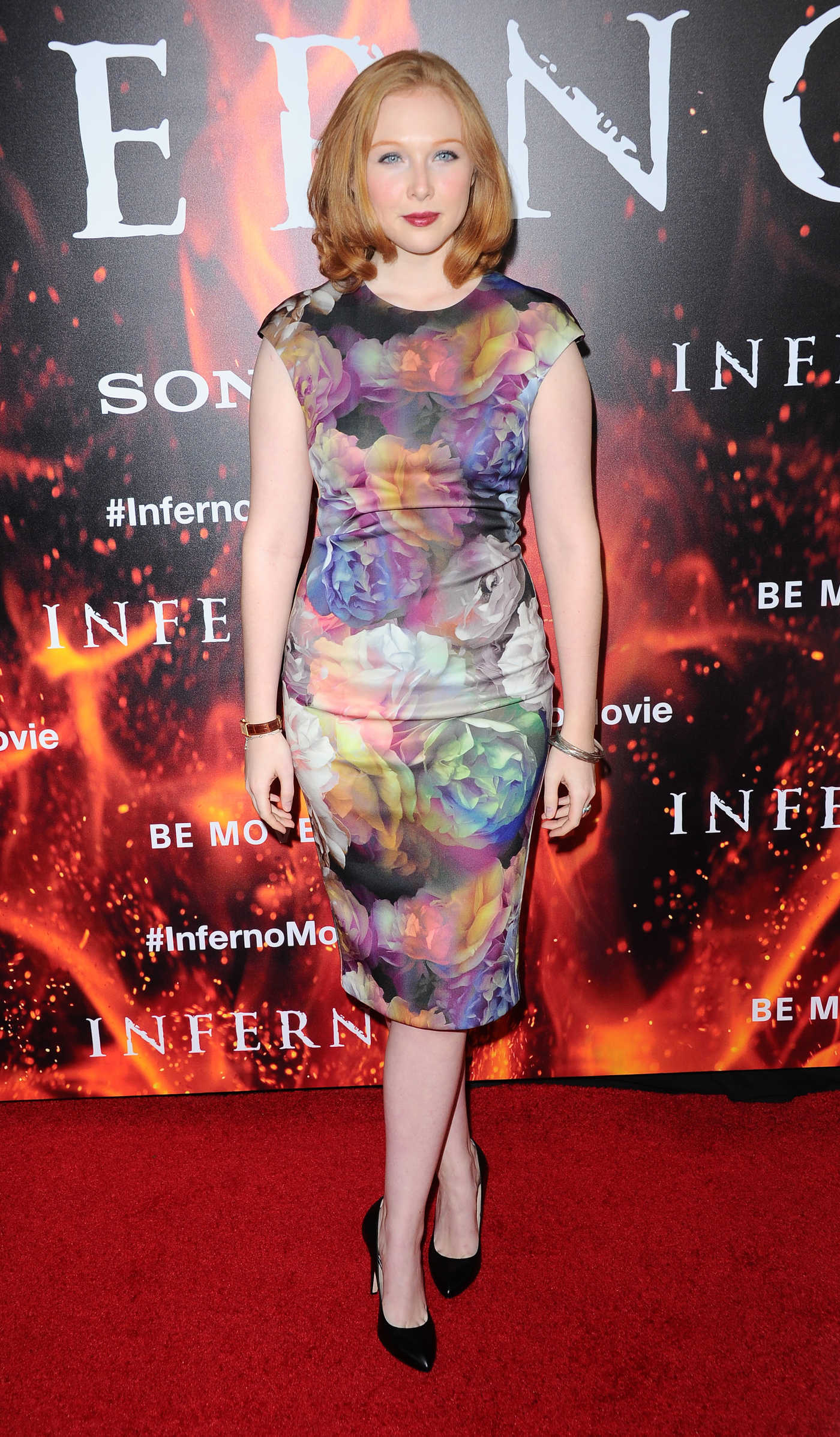 Molly Quinn at Inferno Premiere in Hollywood 10/25/2016