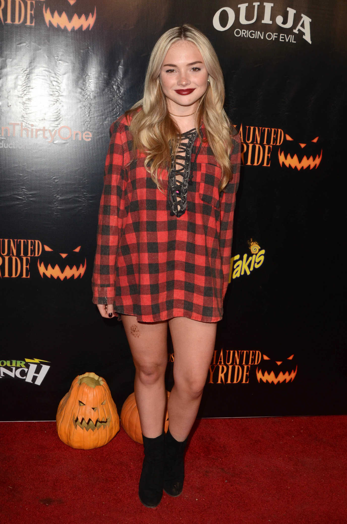 Natalie Alyn Lind at the Los Angeles Haunted Hayride in Los Feliz 10/09/2016