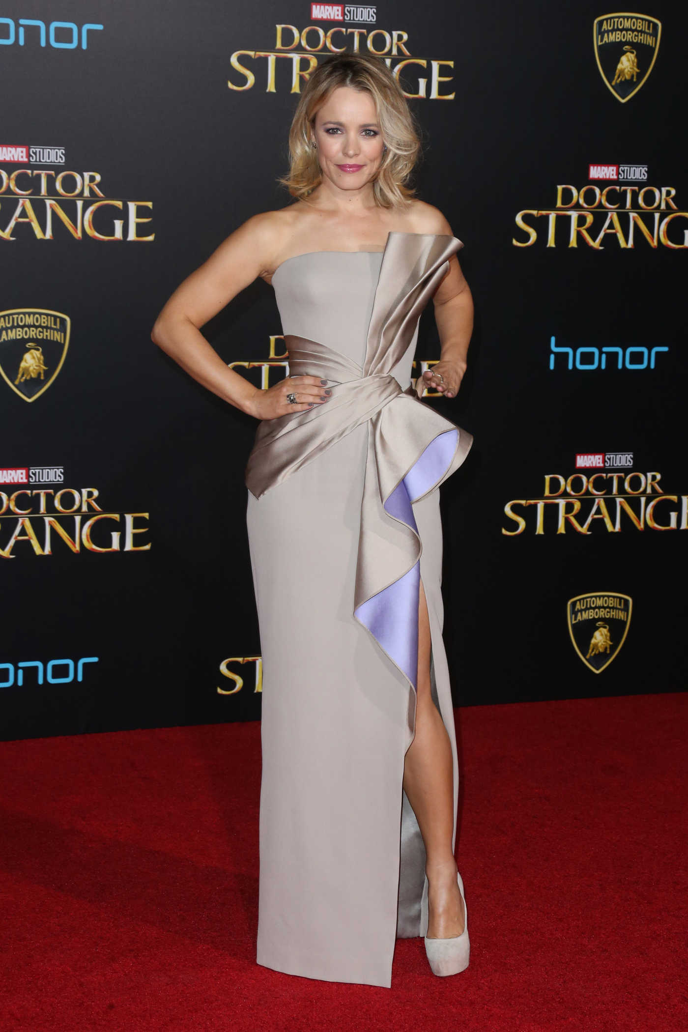 Rachel McAdams at the Doctor Strange Premiere at the El Capitan Theatre in Hollywood 10/20/2016