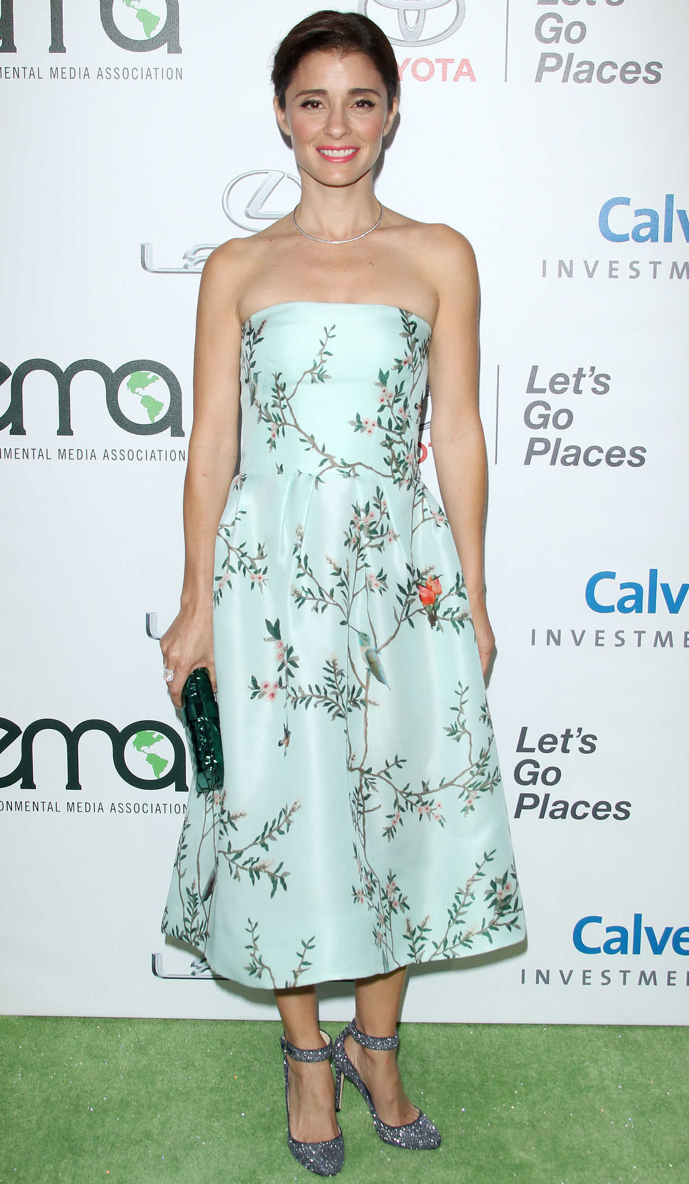 Shiri Appleby at the 26th Annual EMA Awards in Burbank 10/22/2016