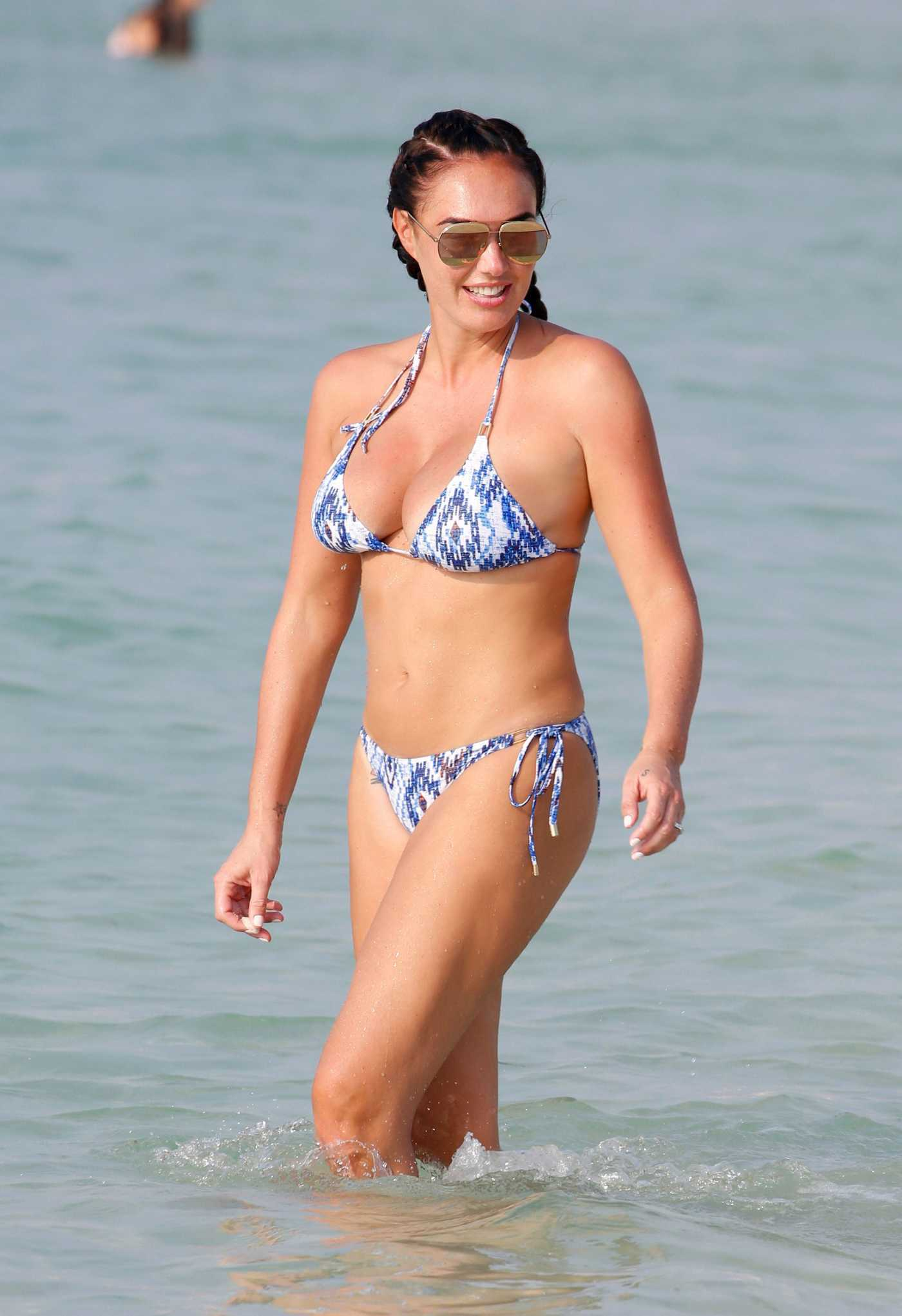 Tamara Ecclestone in Bikini at the Beach in Dubai 10/27/2016