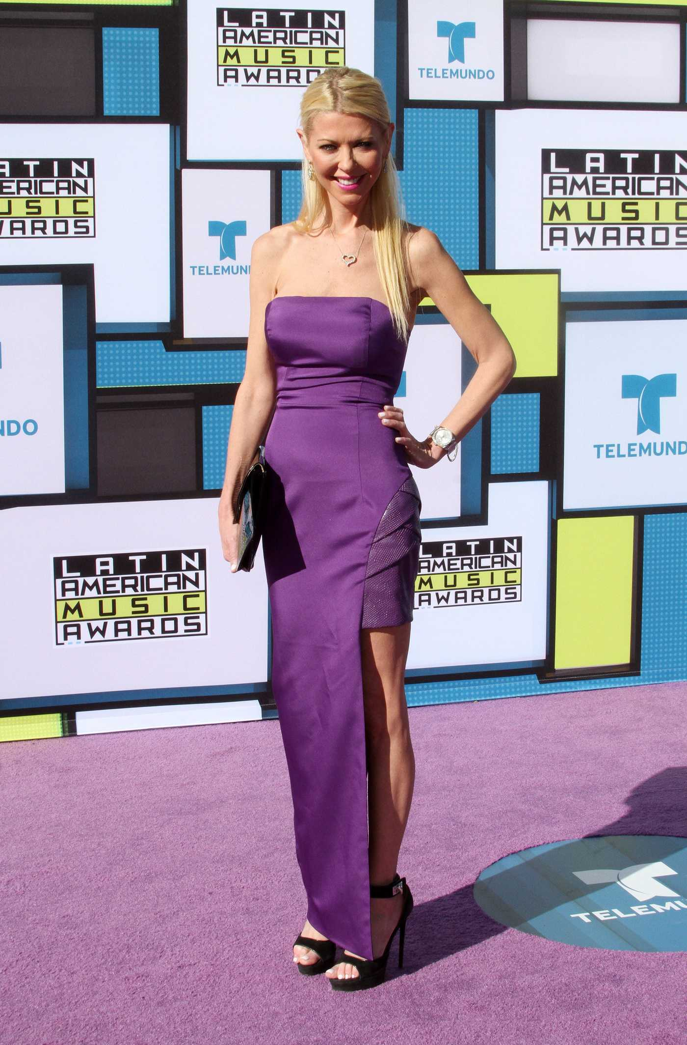 Tara Reid at the 2016 Latin American Music Awards in Los Angeles 10/06/2016