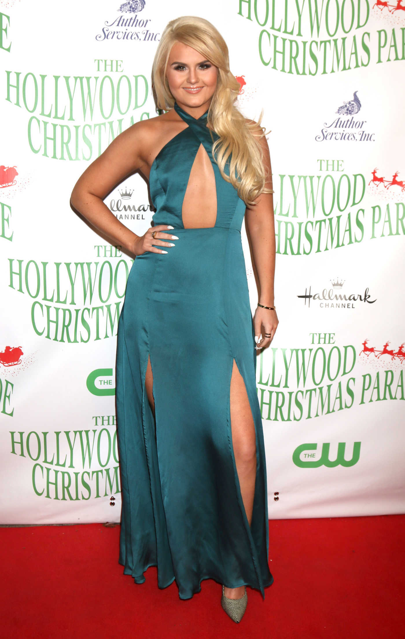 Ashlee Keating at the 85th Annual Hollywood Christmas Parade in Hollywood 11/27/2016