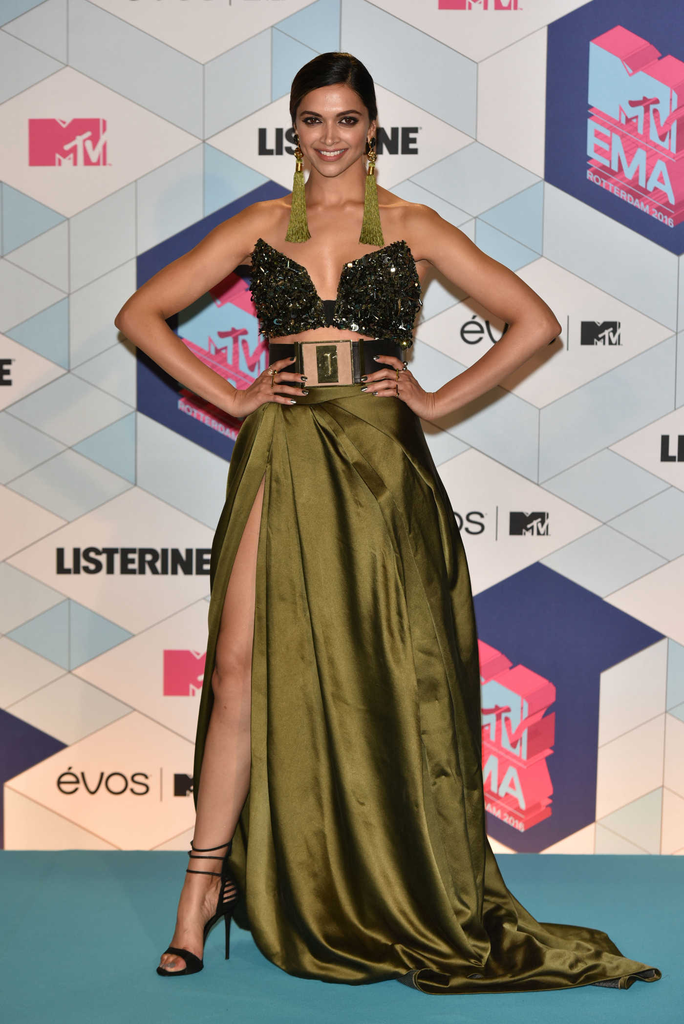 Deepika Padukone at the MTV Europe Music Awards in Rotterdam 11/06/2016