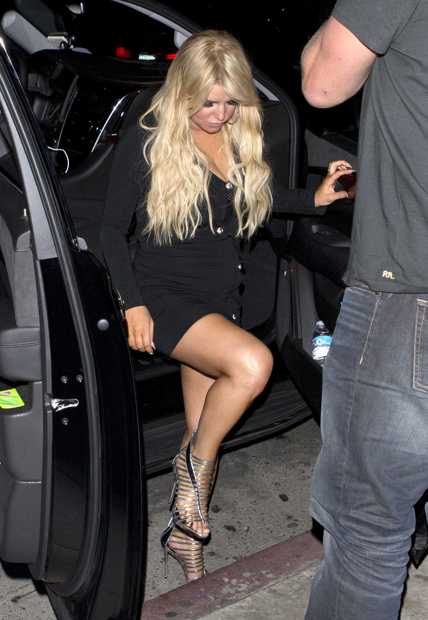 Jessica Simpson Arrives at Serfina Restaurant in West Hollywood 11/04/2016