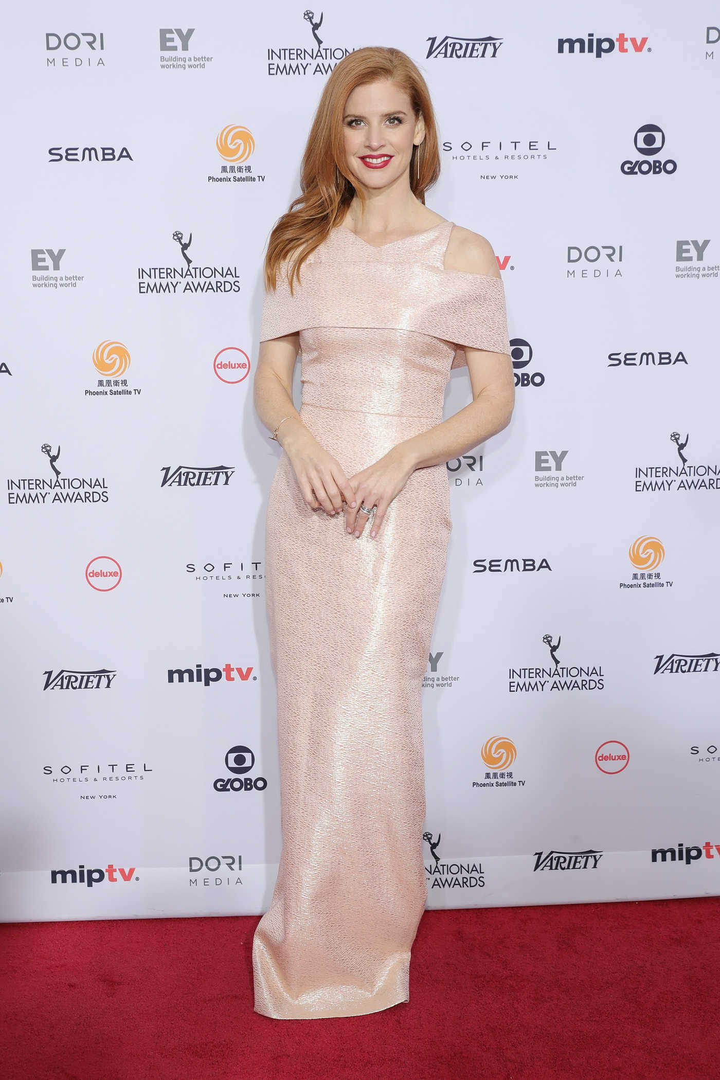 Sarah Rafferty at the 44th International Emmy Awards in New York 11/21/2016