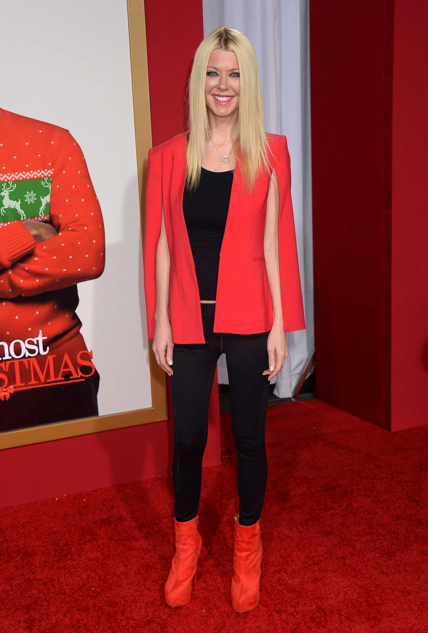 Tara Reid at Almost Christmas Premiere in Westwood 11/03/2016