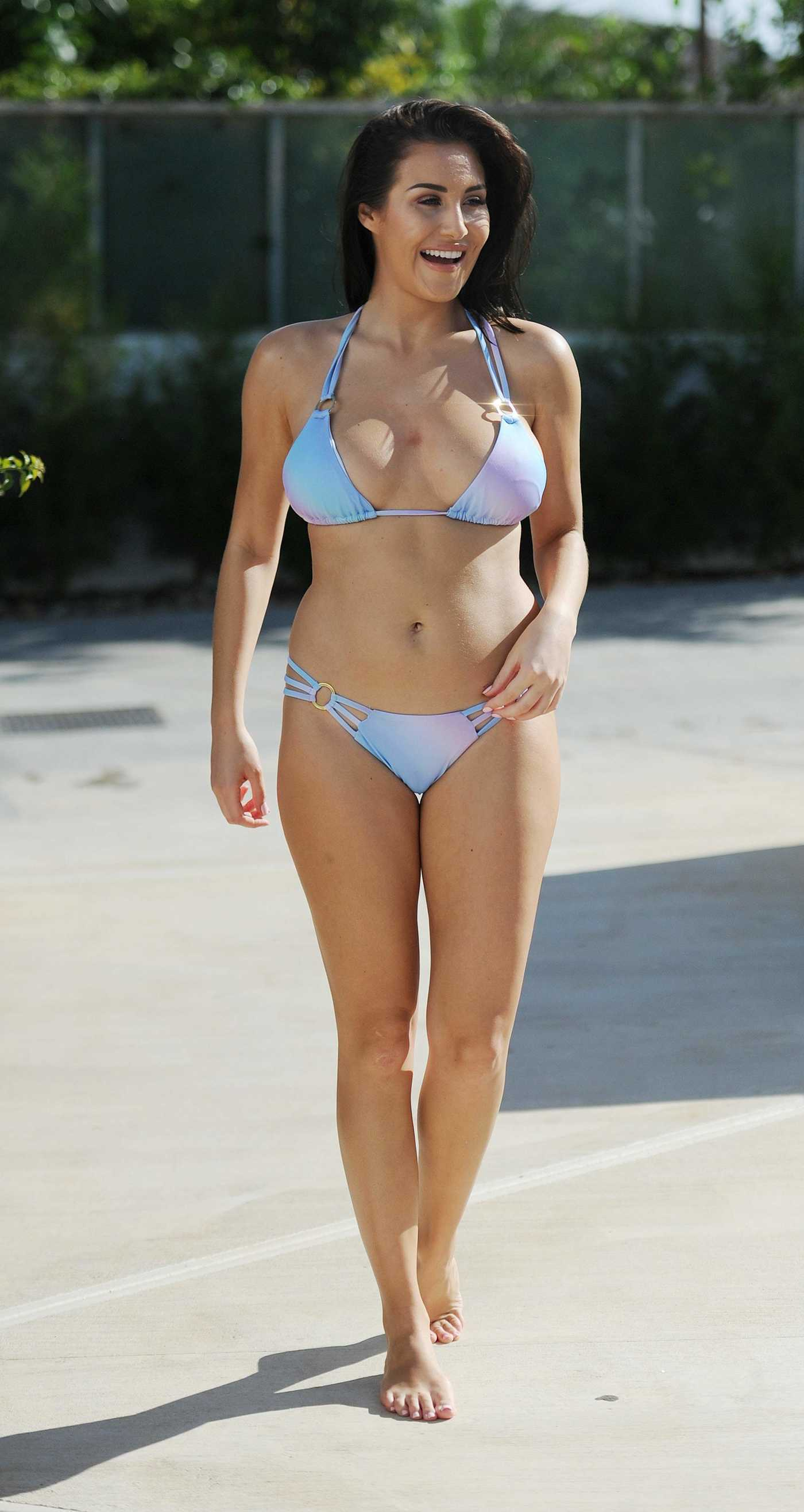 Chloe Goodman in Bikini in Mexico 12/30/2016