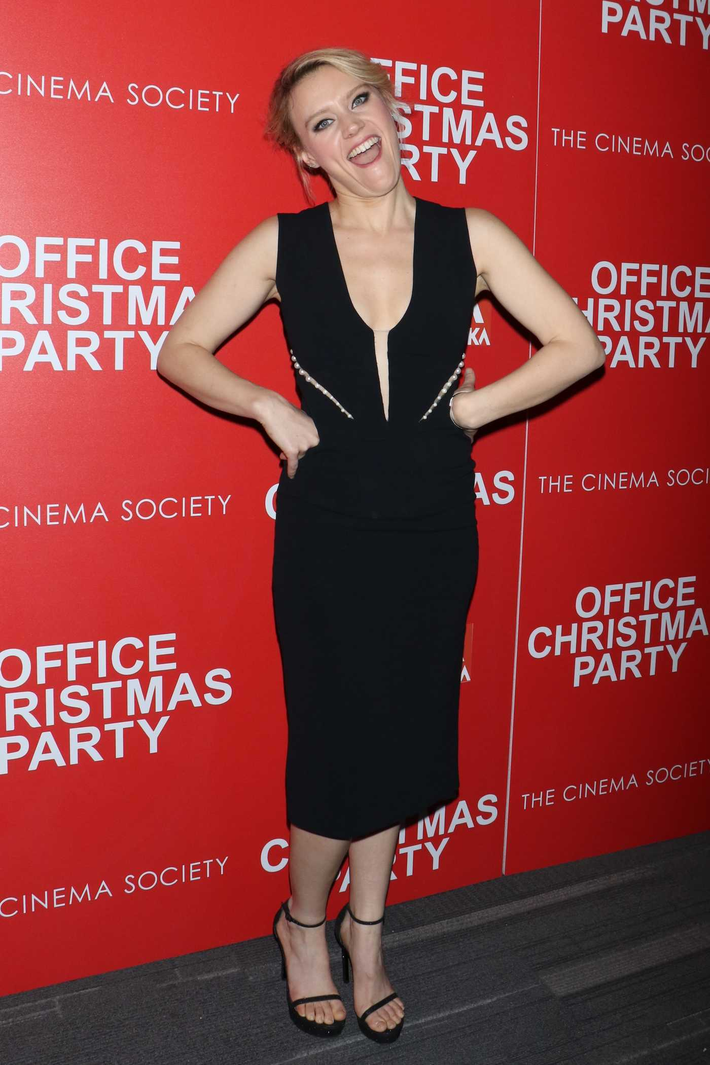 Kate McKinnon at Office Christmas Party Screening in New York City 12/05/2016