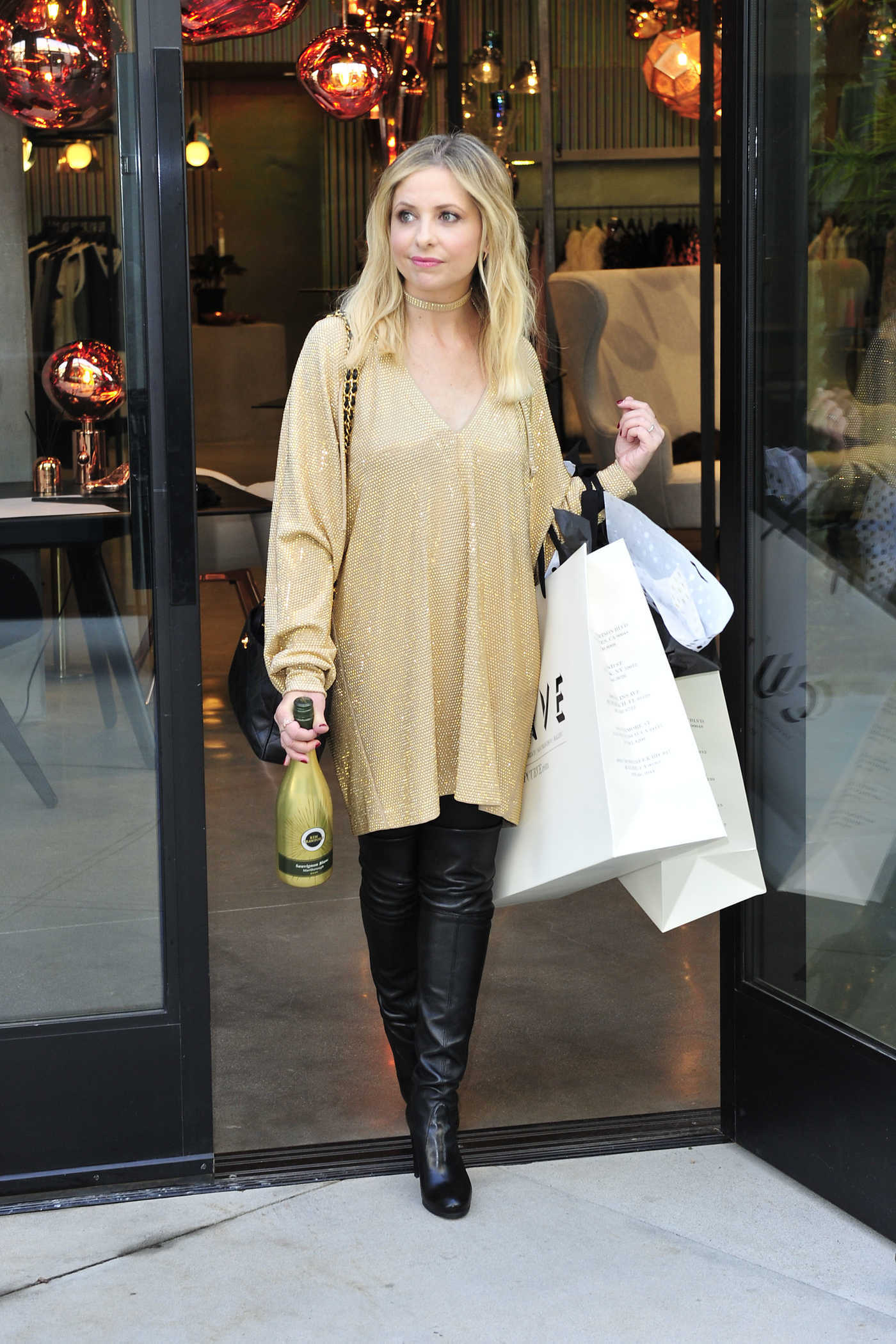 Sarah Michelle Gellar at a Shopping Event in Culver City 12/15/2016