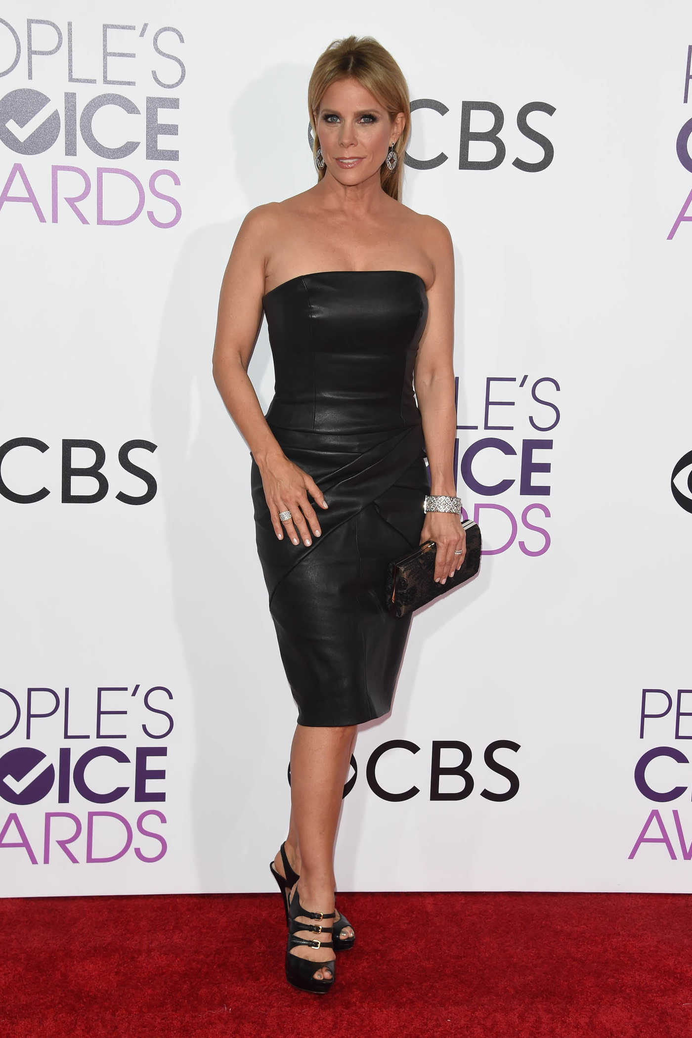 Cheryl Hines at the 43rd Annual People's Choice Awards in Los Angeles 01/18/2017