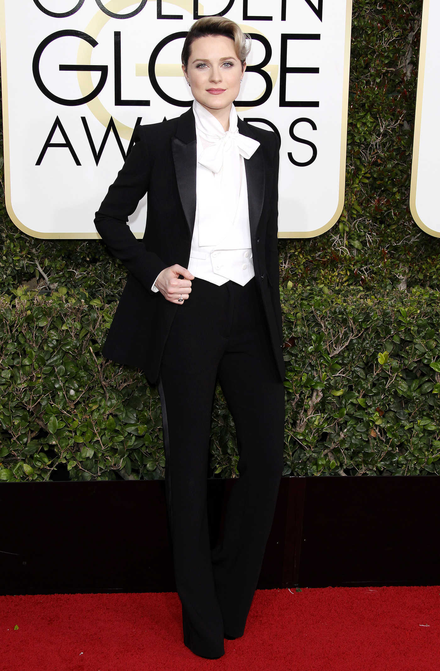 Evan Rachel Wood at the 74th Annual Golden Globe Awards in Beverly Hills 01/08/2017
