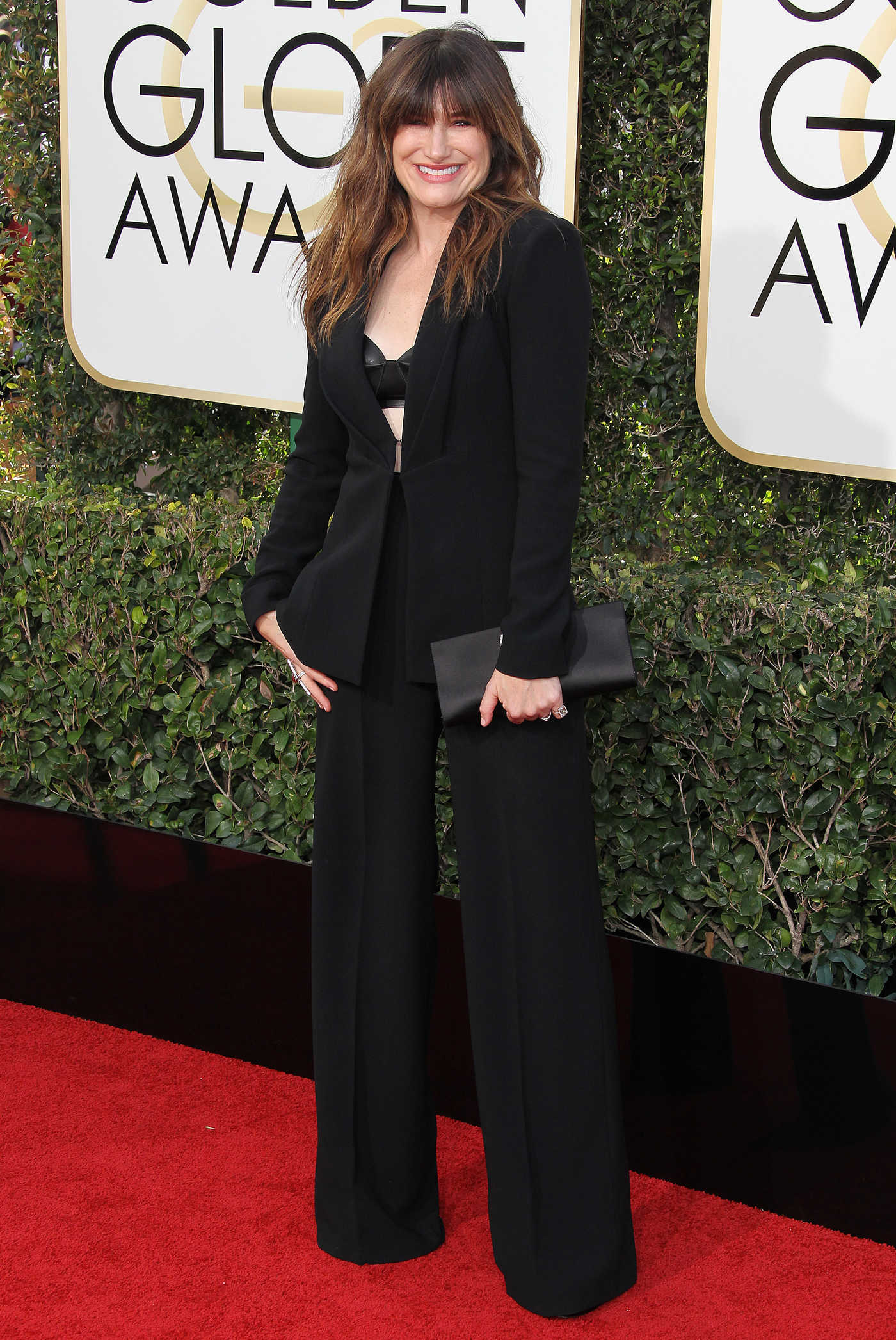 Kathryn Hahn at the 74th Annual Golden Globe Awards in Beverly Hills 01/08/2017