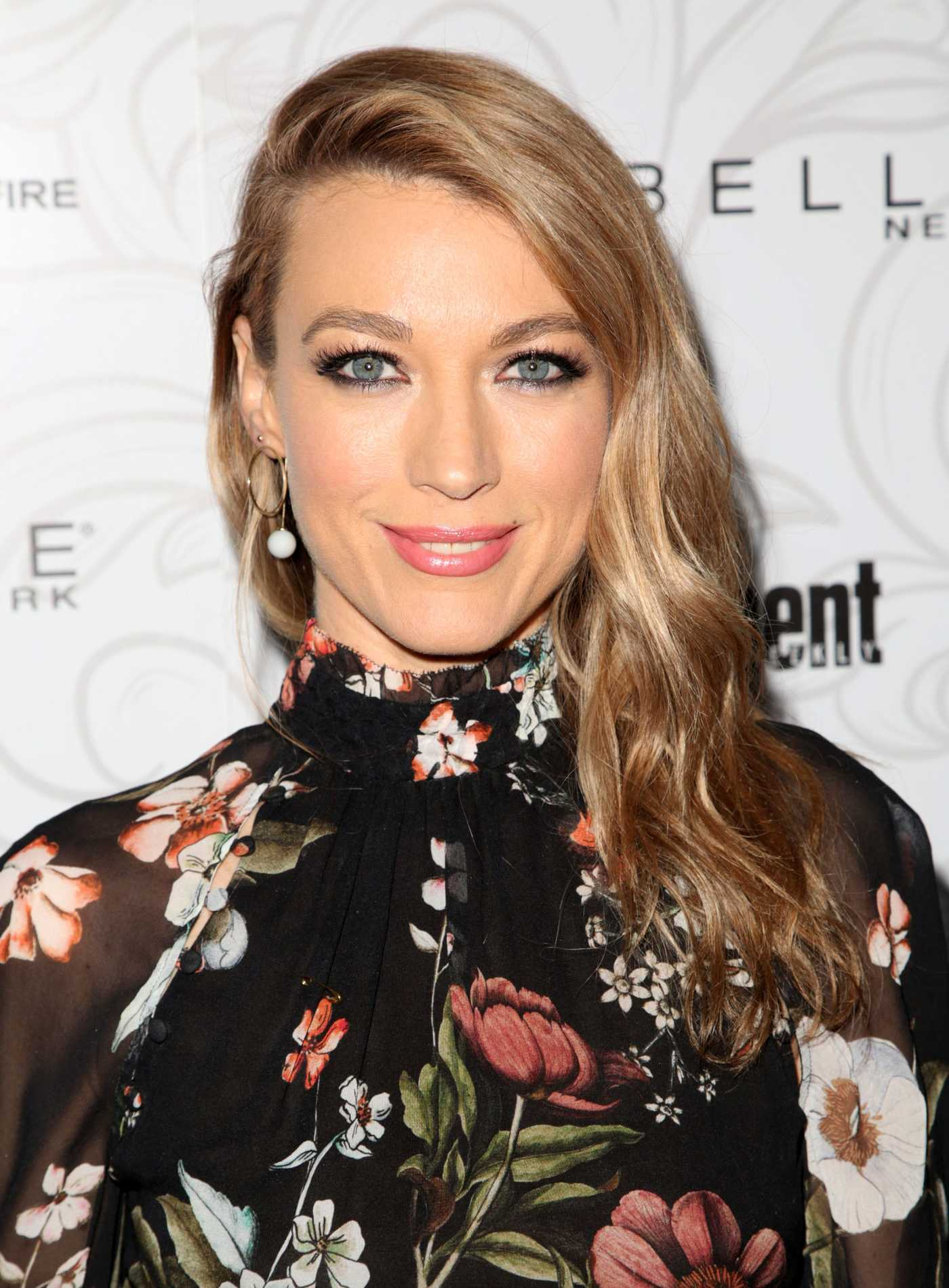 Natalie Zea at the 2017 Entertainment Weekly Celebration of SAG Award Nominees in Los Angeles 01/28/2017