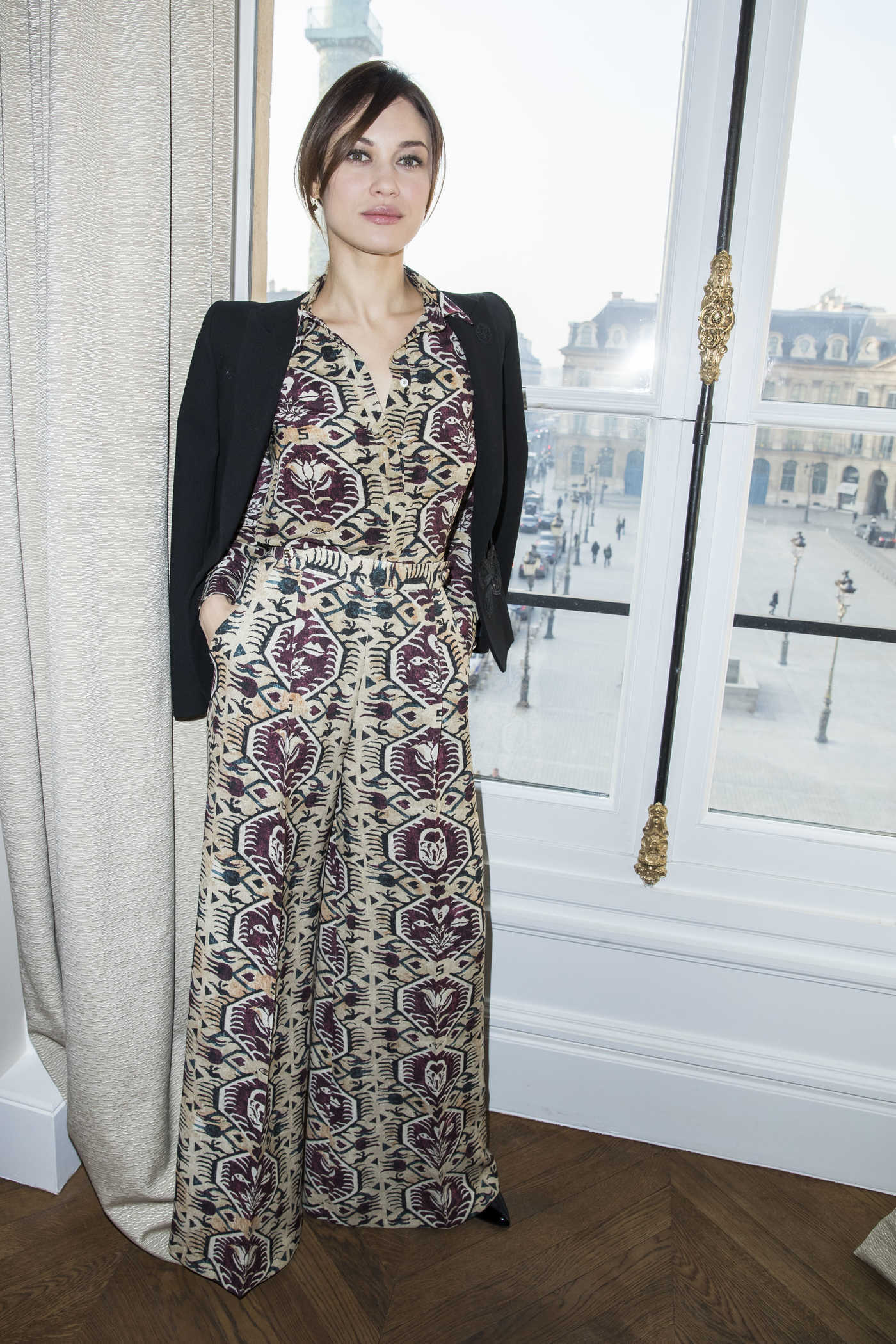Olga Kurylenko Attends the 2017 Schiaparelli Haute Couture Show During Paris Fashion Week 01/23/2017