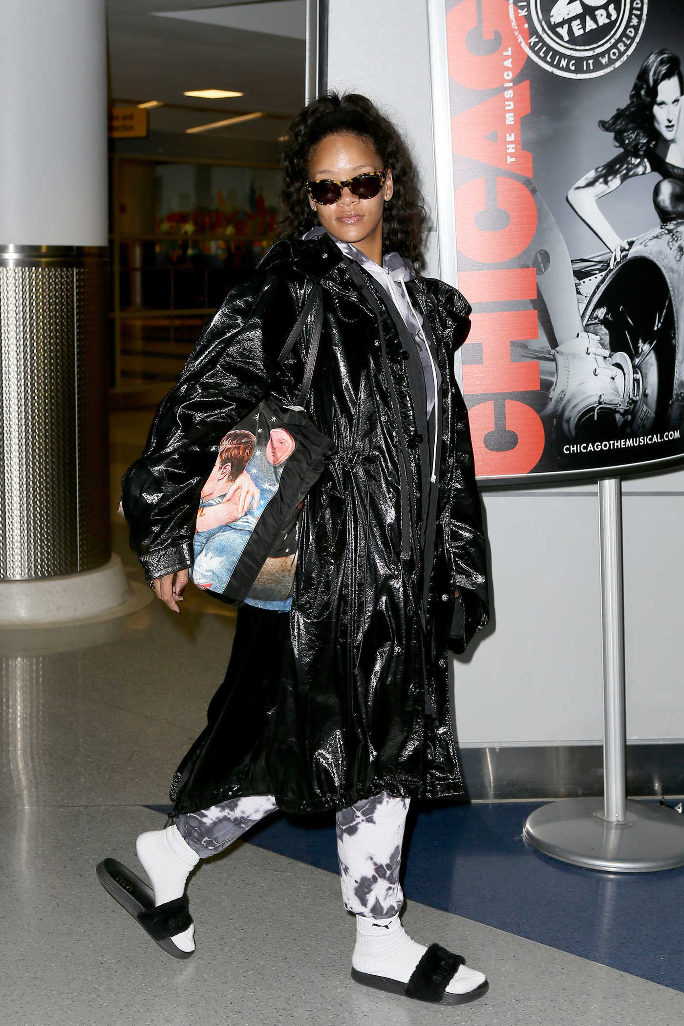 Rihanna at the JFK Airport in New York 01/02/2017