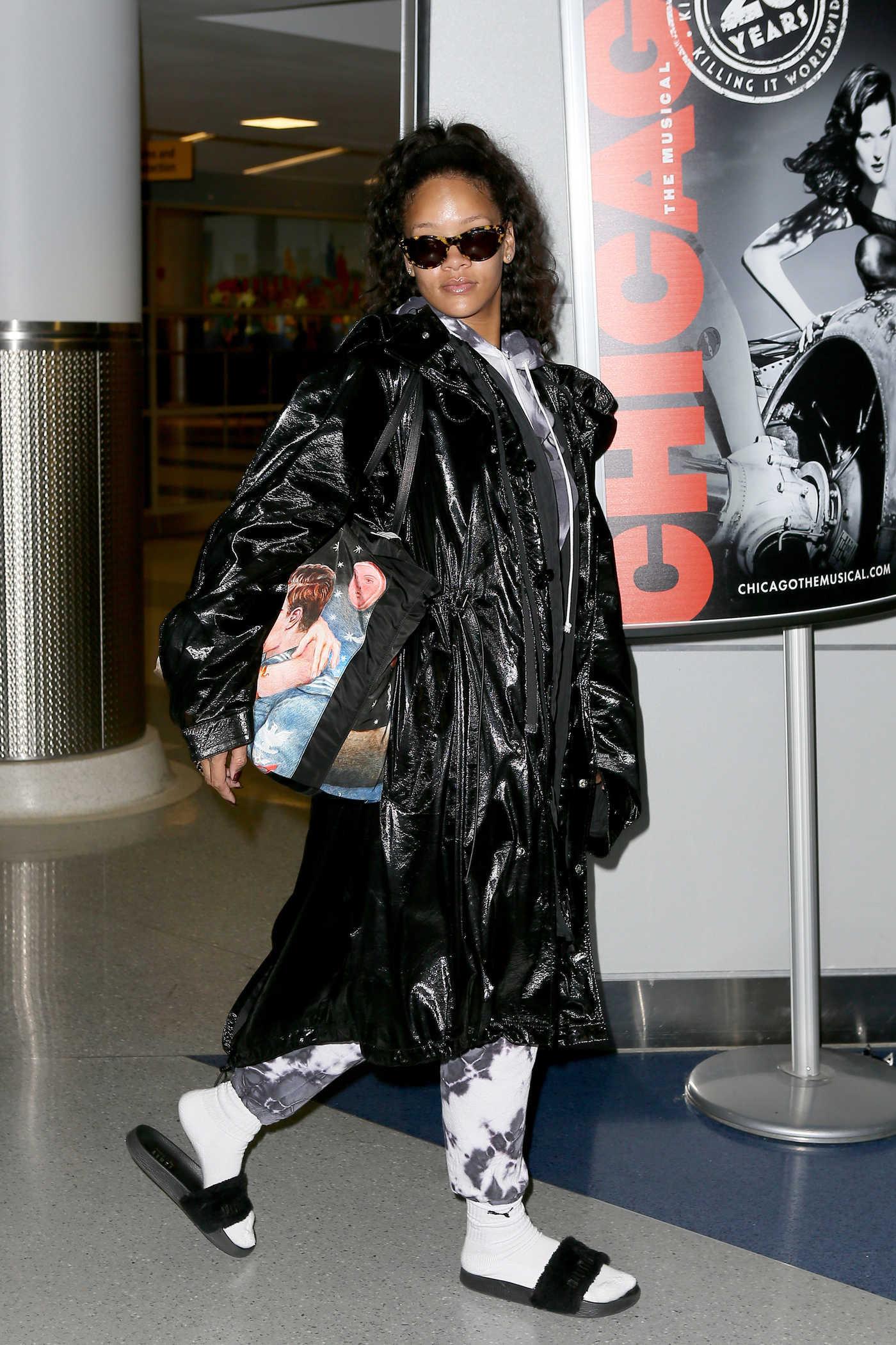 Rihanna at the JFK Airport in New York 01/02/2017