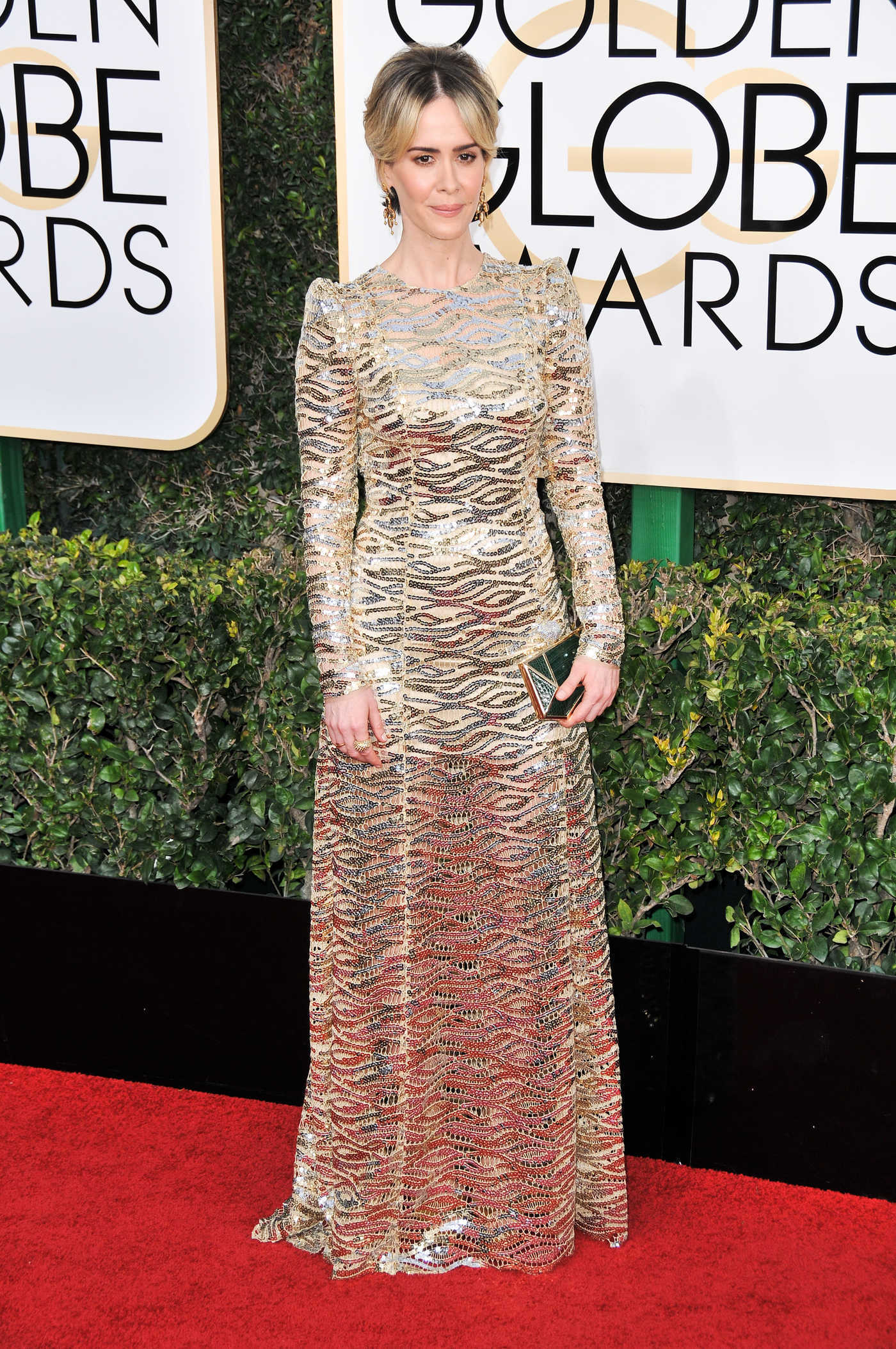 Sarah Paulson at the 74th Annual Golden Globe Awards in Beverly Hills 01/08/2017