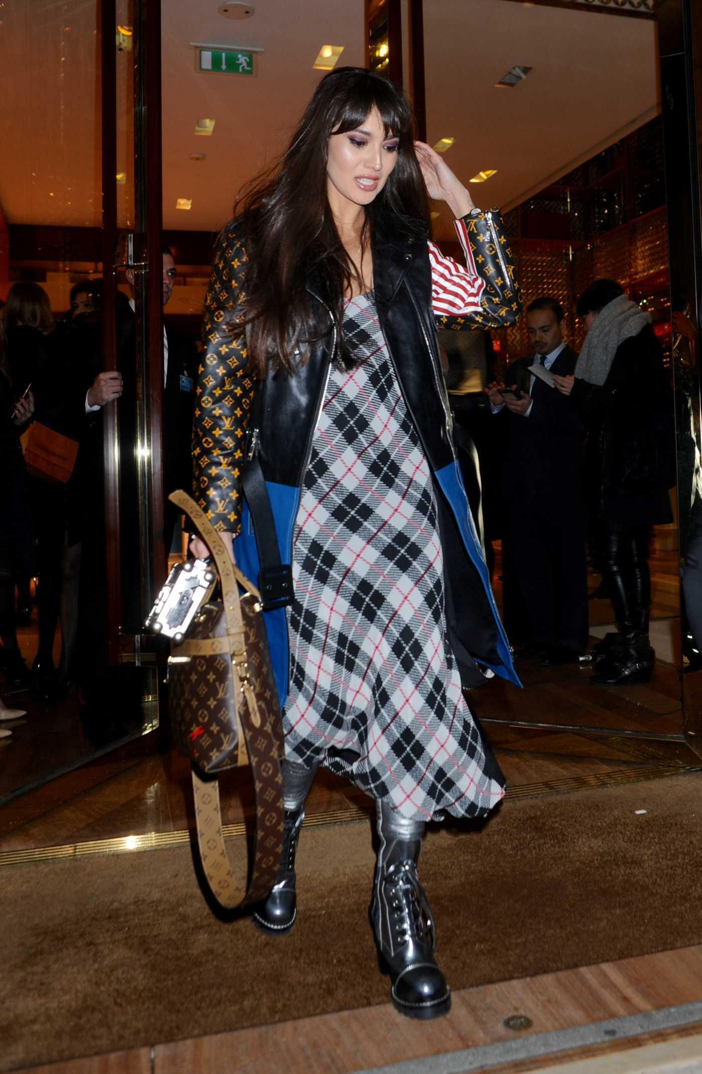 Zara Martin Was Seen Out in London 01/12/2017
