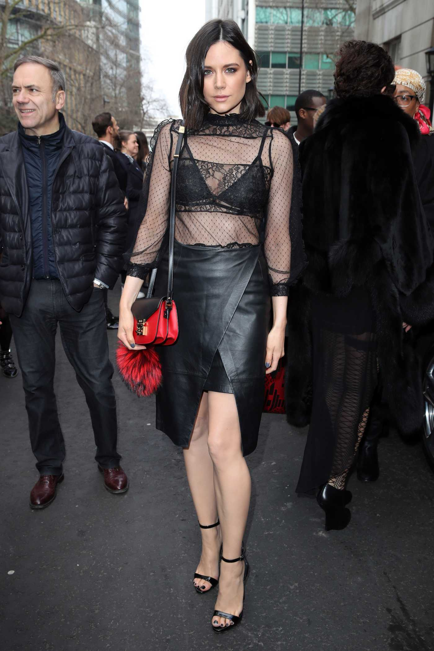 Lilah Parsons Was Seen Out in London During the London Fashion Week 02/18/2017