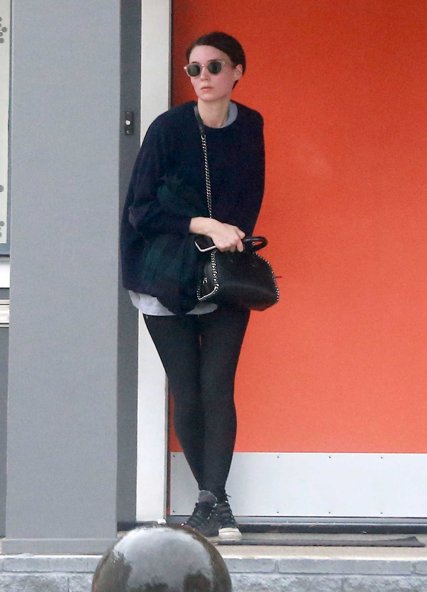 Rooney Mara Stops by a Spa in West Hollywood 02/20/2017