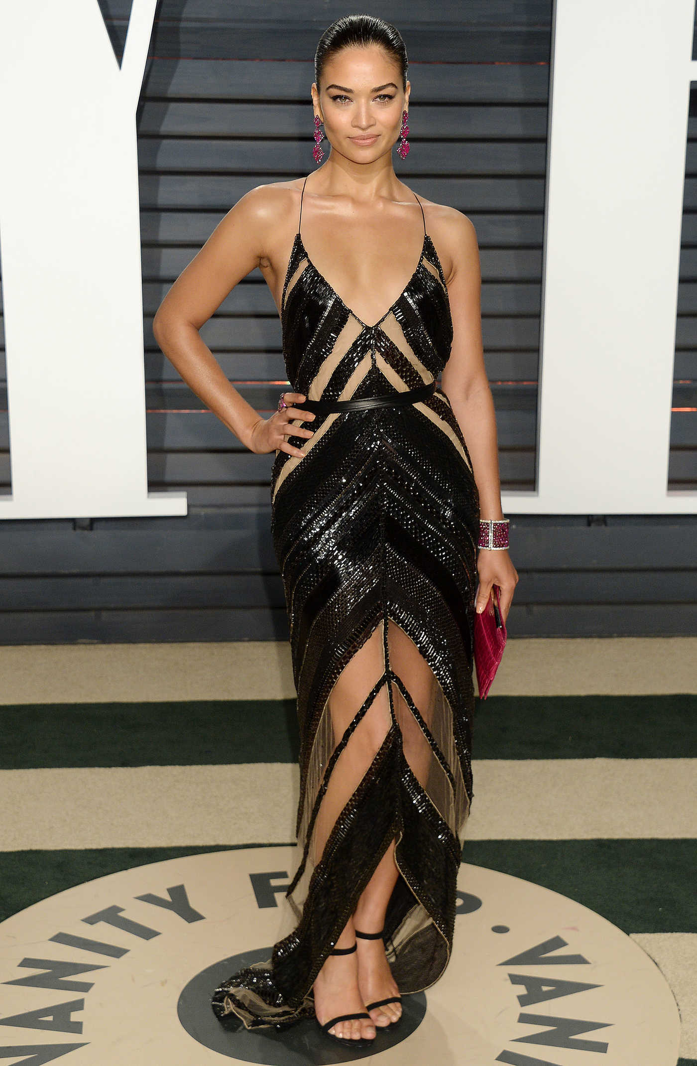 Shanina Shaik at the 2017 Vanity Fair Oscar Party in Beverly Hills 02/26/2017