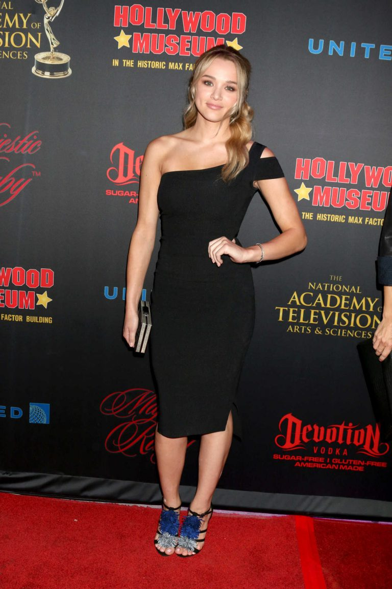 Hunter King Attends the NATAS Daytime Emmy Nominees Reception at the Hollywood Museum in Los Angeles 04/26/2017-1