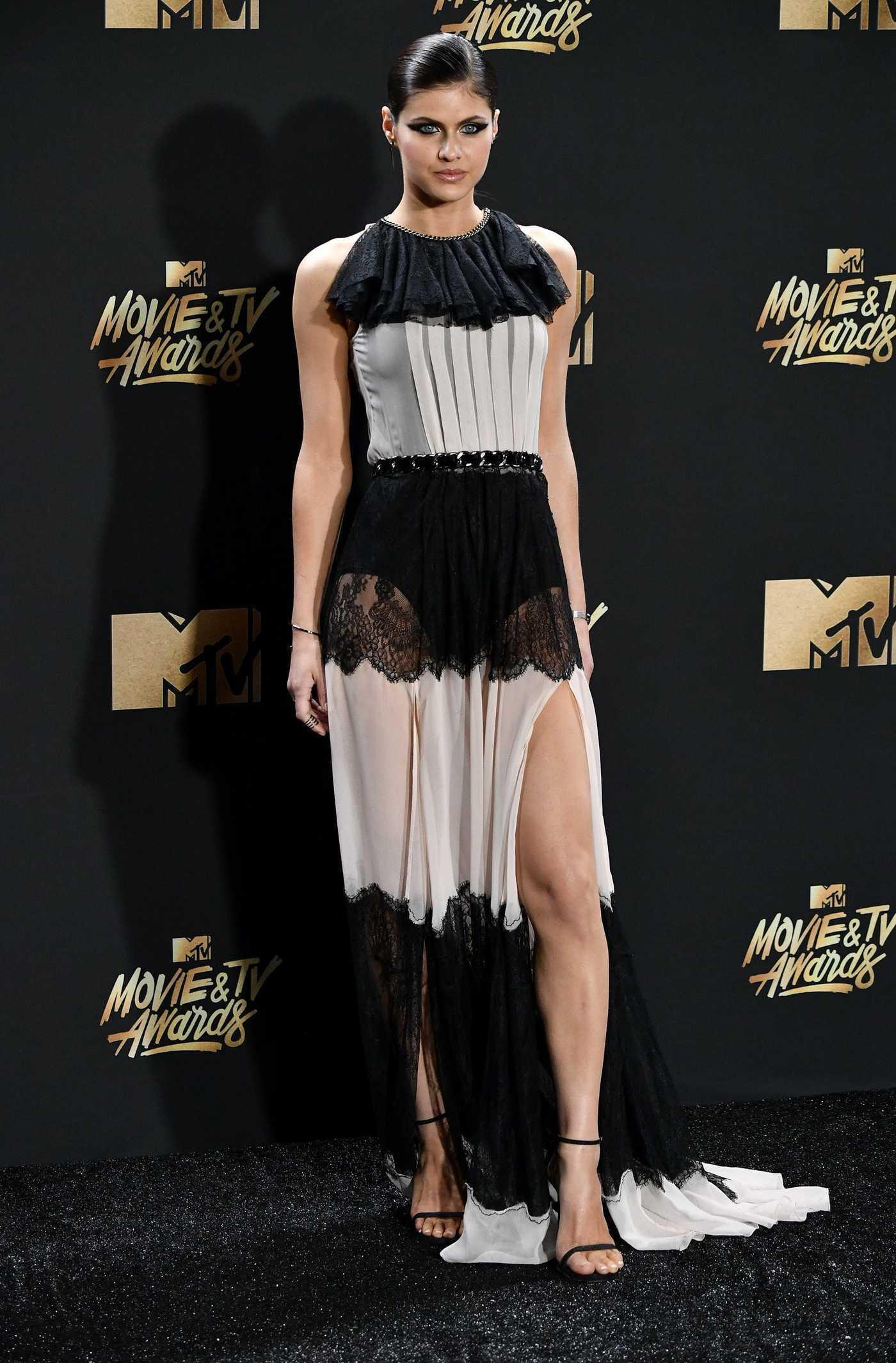 Alexandra Daddario at 2017 MTV Movie and TV Awards in Los Angeles 05/07/2017