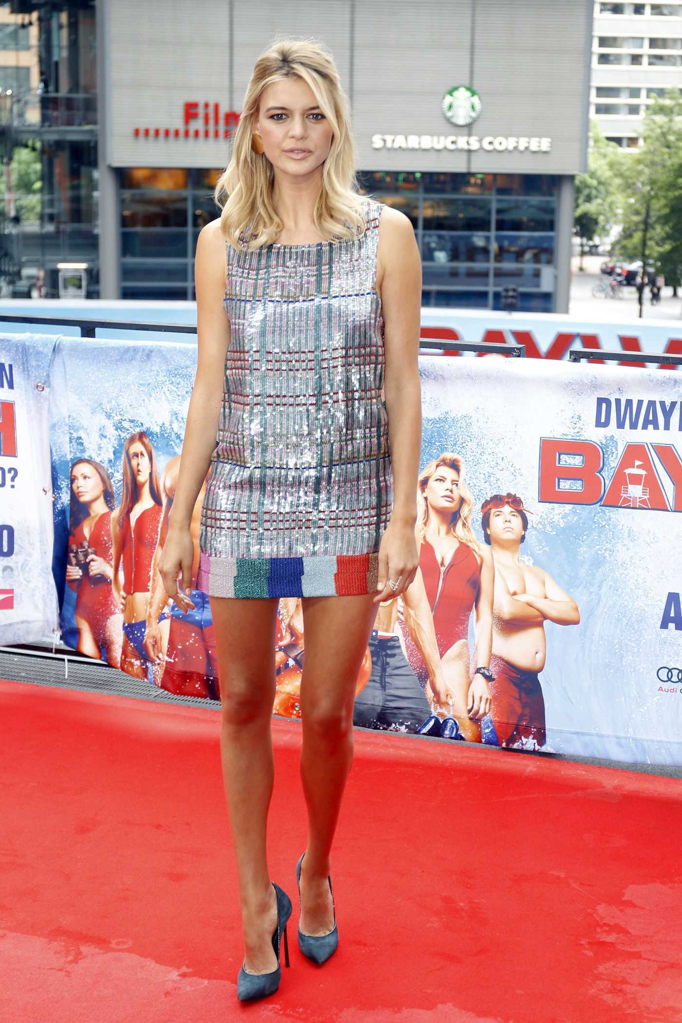 Kelly Rohrbach at the Baywatch Photocall in Berlin 05/30/2017