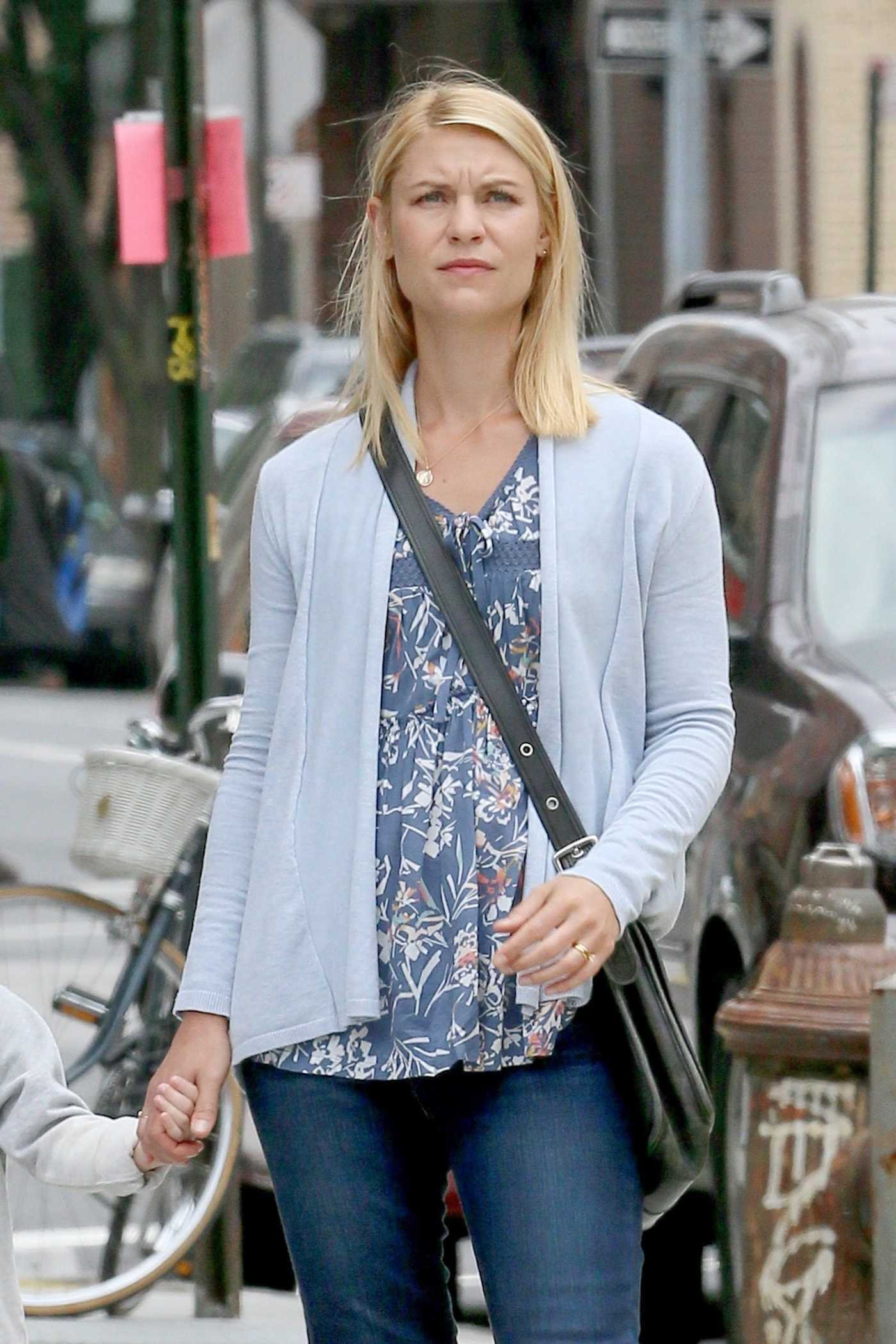 Claire Danes on the Set of A Kid Like Jake in Brooklyn, NYC 06/22/2017