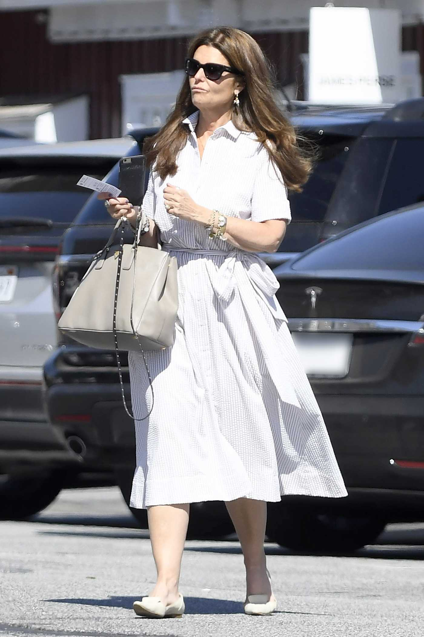Maria Shriver Out for a Shopping in Los Angeles 06/13/2017