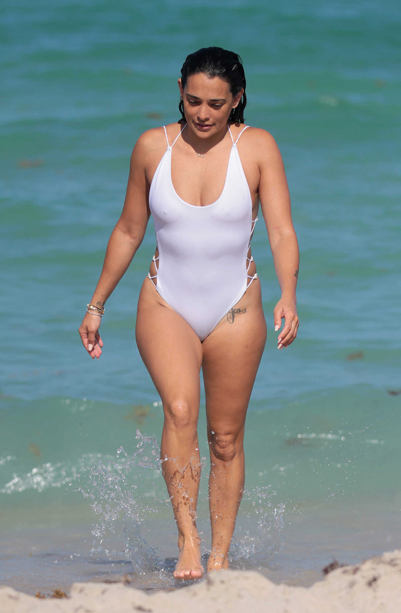 Natalie Martinez Wears a White Swimsuit at the Beach in Miami 07/08/2017