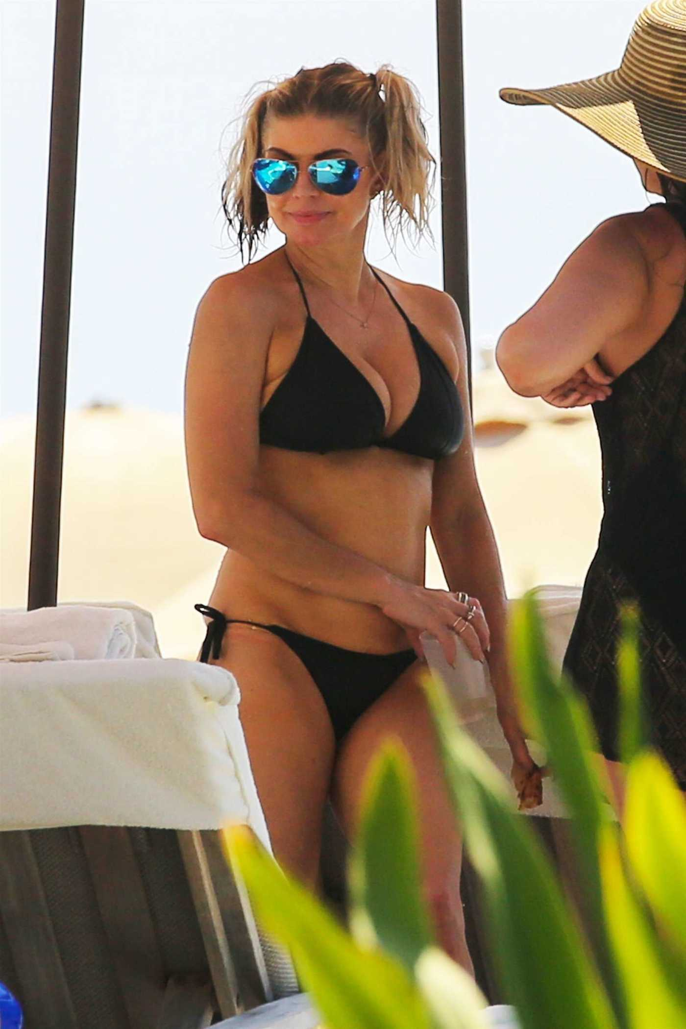 Fergie in Bikini at the Beach in Hawaii 08/06/2017