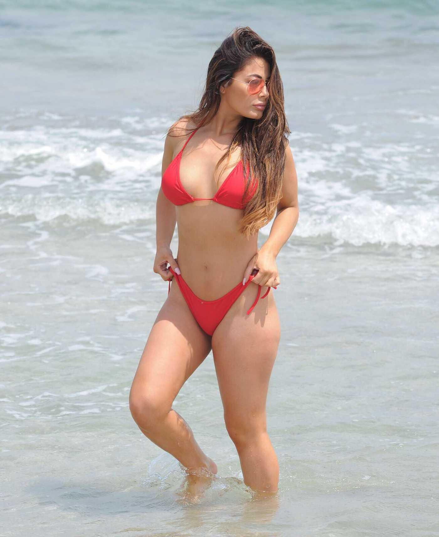 Jessica Hayes in Bikini at the Beach in Ibiza 08/02/2017