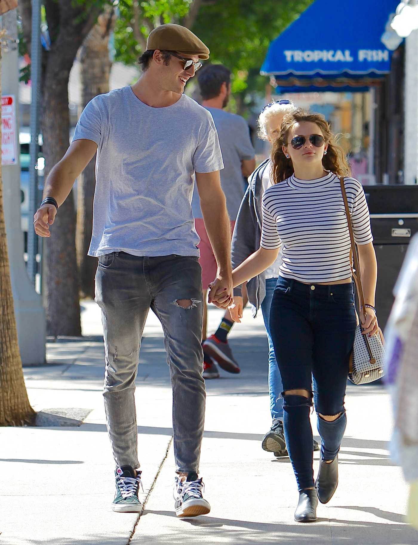 Joey King Was Seen Out in Studio City With a Mystery Man 08/17/2017