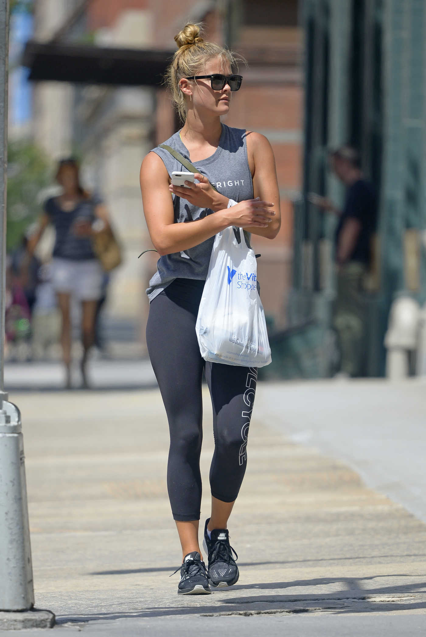 Nina Agdal Heads to the Gym in NYC 08/10/2017