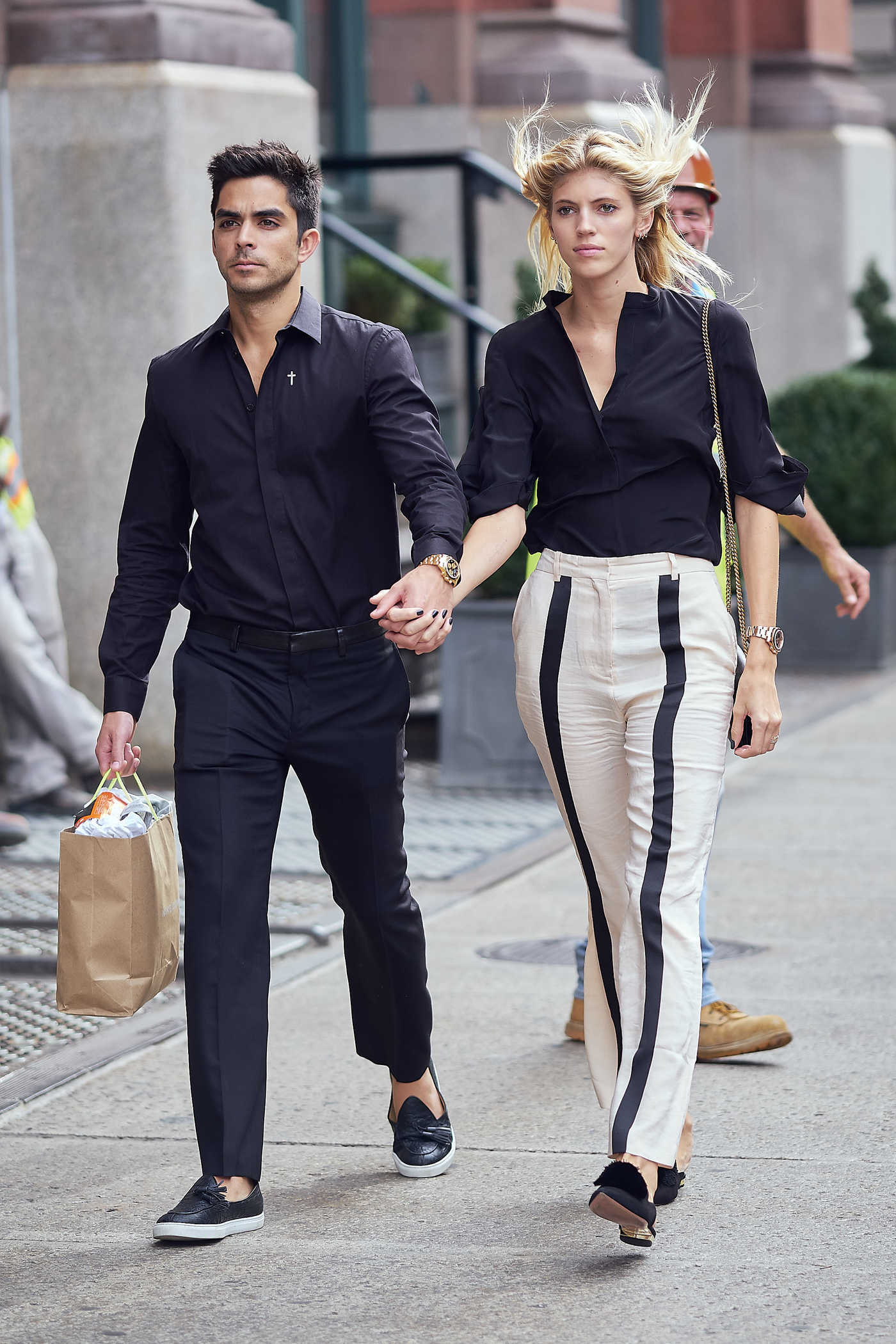 Devon Windsor Was Seen With Her Boyfriend Johnny Dex Out in NYC 09/20/2017