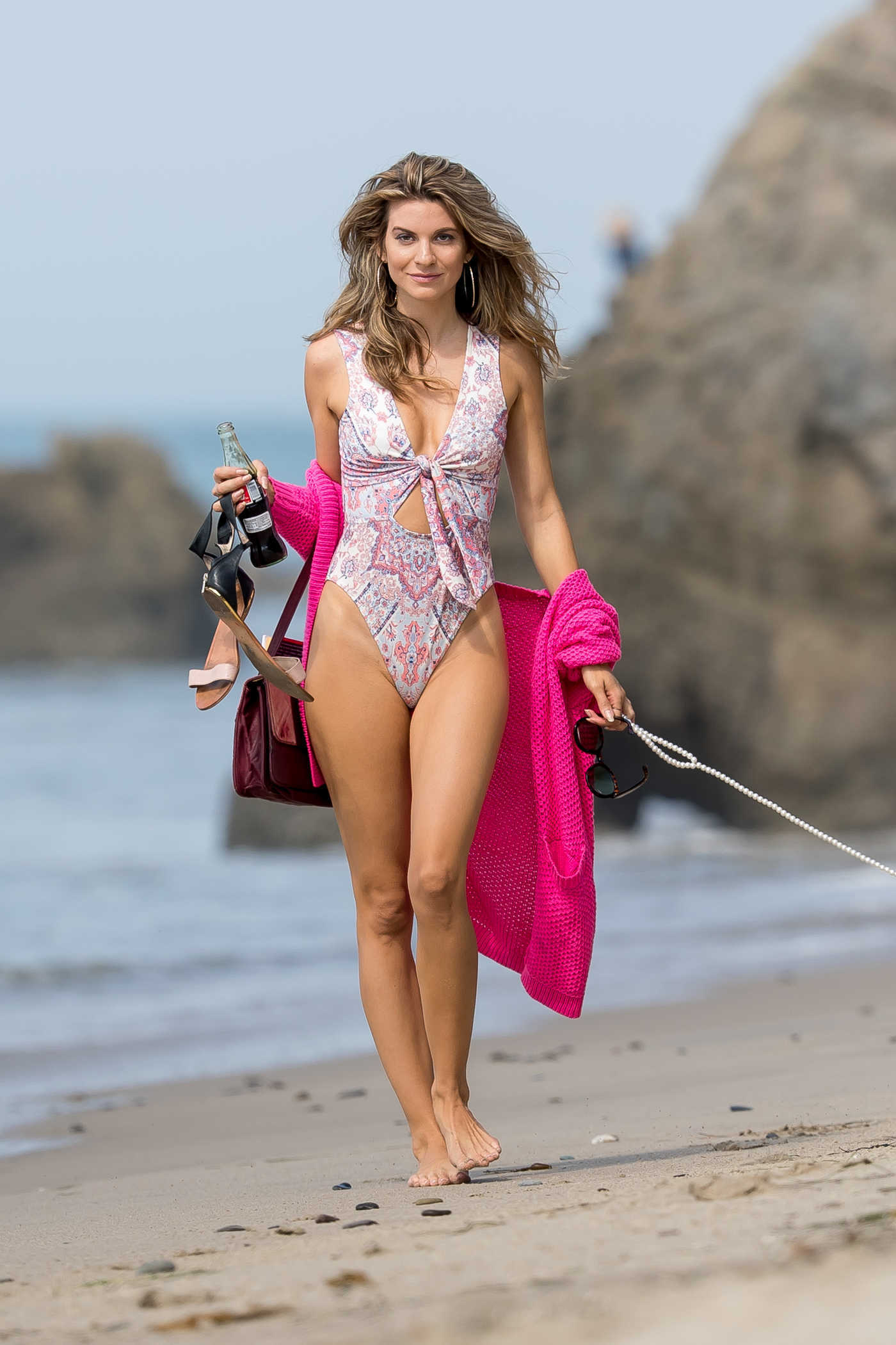 Rachel McCord Was Seen With Her Dog at the Beach in Malibu 09/24/2017