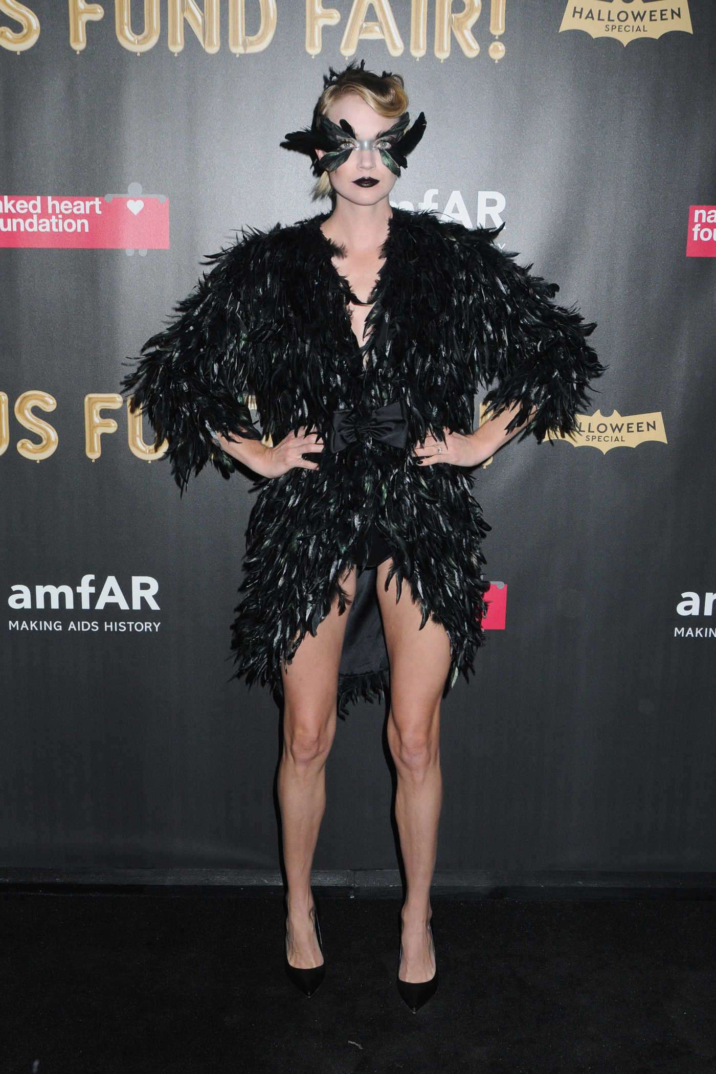 Lindsay Ellingson at 2017 amfAR Fabulous Fund Fair in NYC 10/28/2017